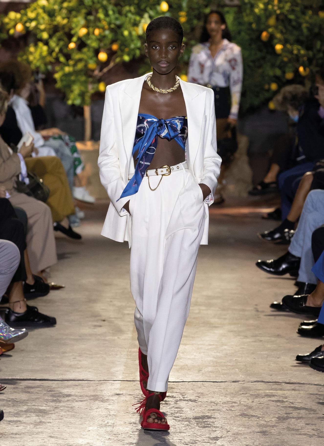 Women S Spring Summer Collection 2021 Fashion Show Etro