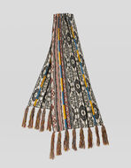 SCARF WITH GEOMETRIC PATTERN AND FRINGE