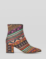 ANKLE BOOTS WITH GEOMETRIC PRINT