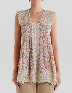 FLORAL PATTERN WITH EMBROIDERY TOP