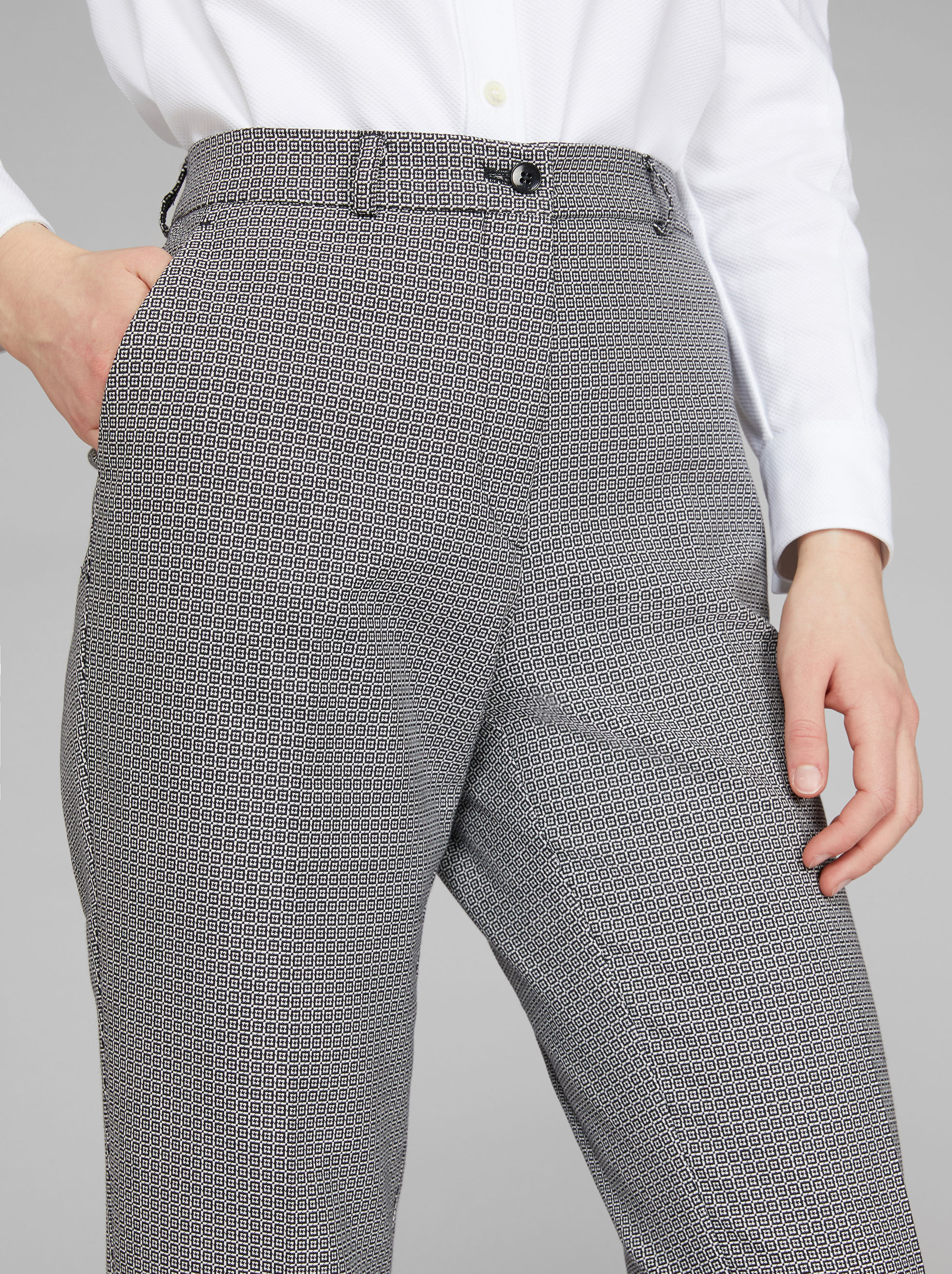 GEOMETRIC PATTERN JACQUARD TROUSERS