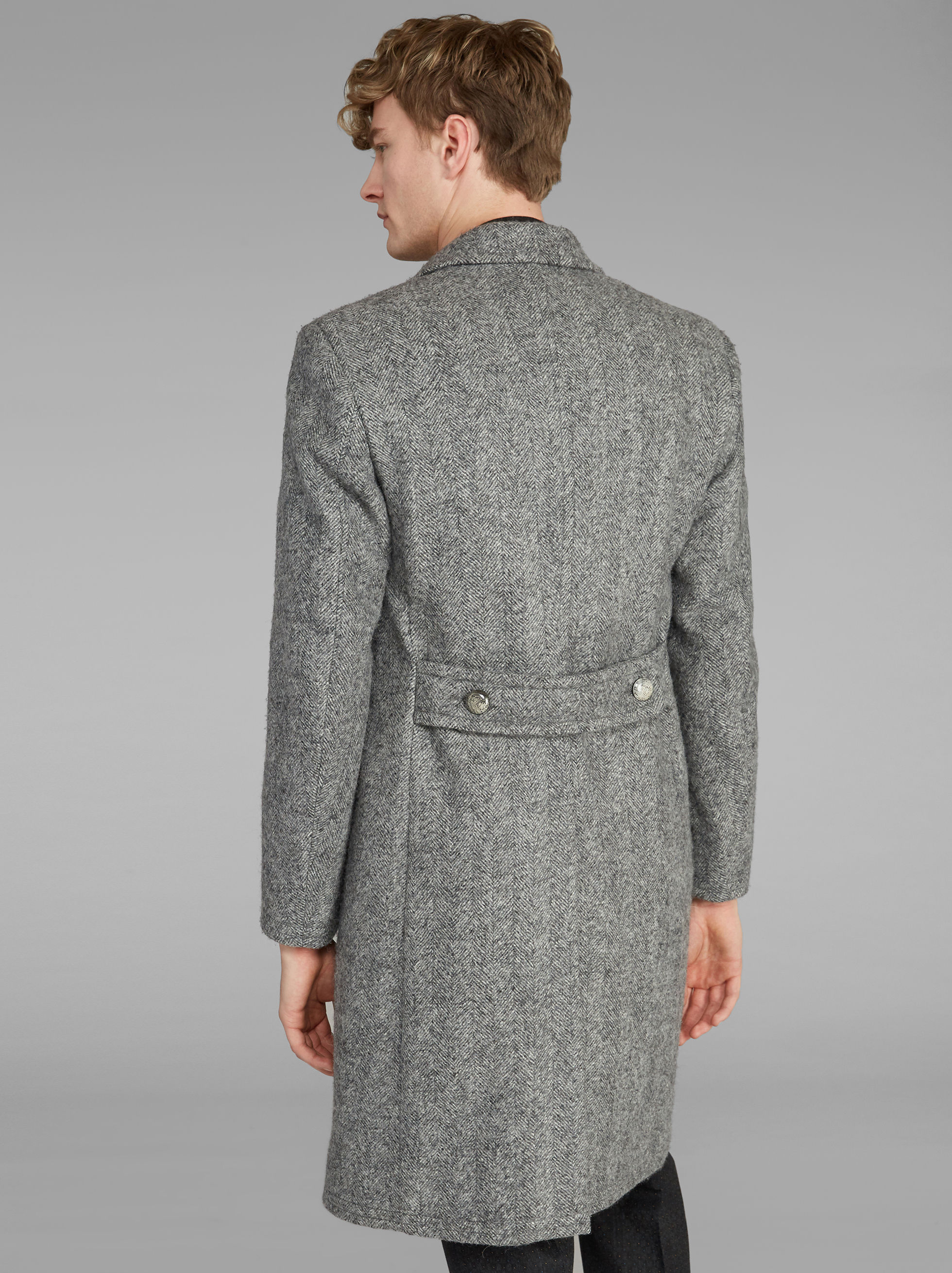 SEMI-TRADITIONAL DOUBLE-BREASTED COAT