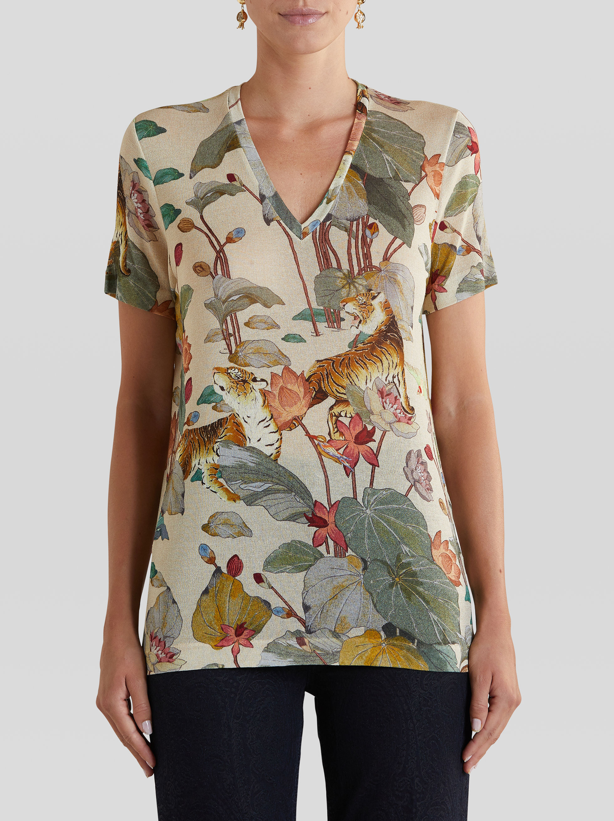 T-SHIRT WITH TIGERS AND WATER LILIES