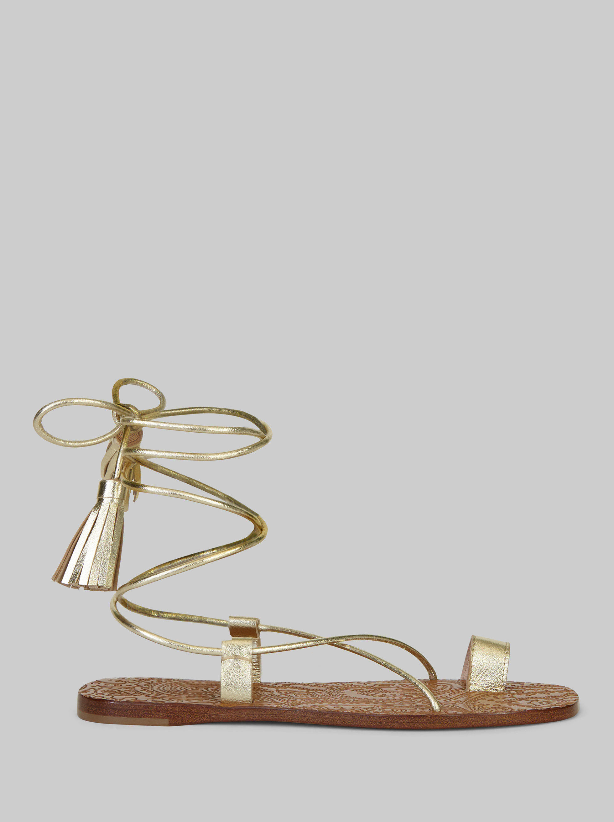 LEATHER SANDALS WITH TASSELS