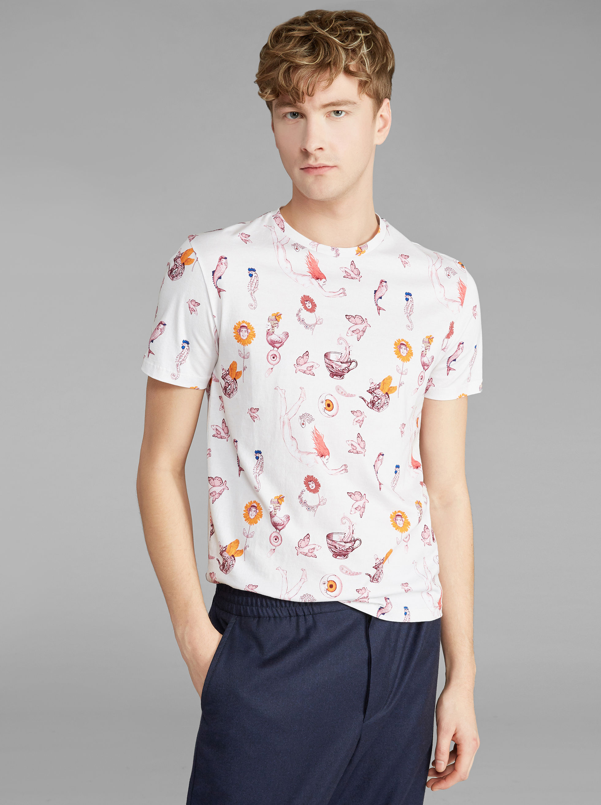 T-SHIRT WITH FANTASTIC ANIMALS PRINT