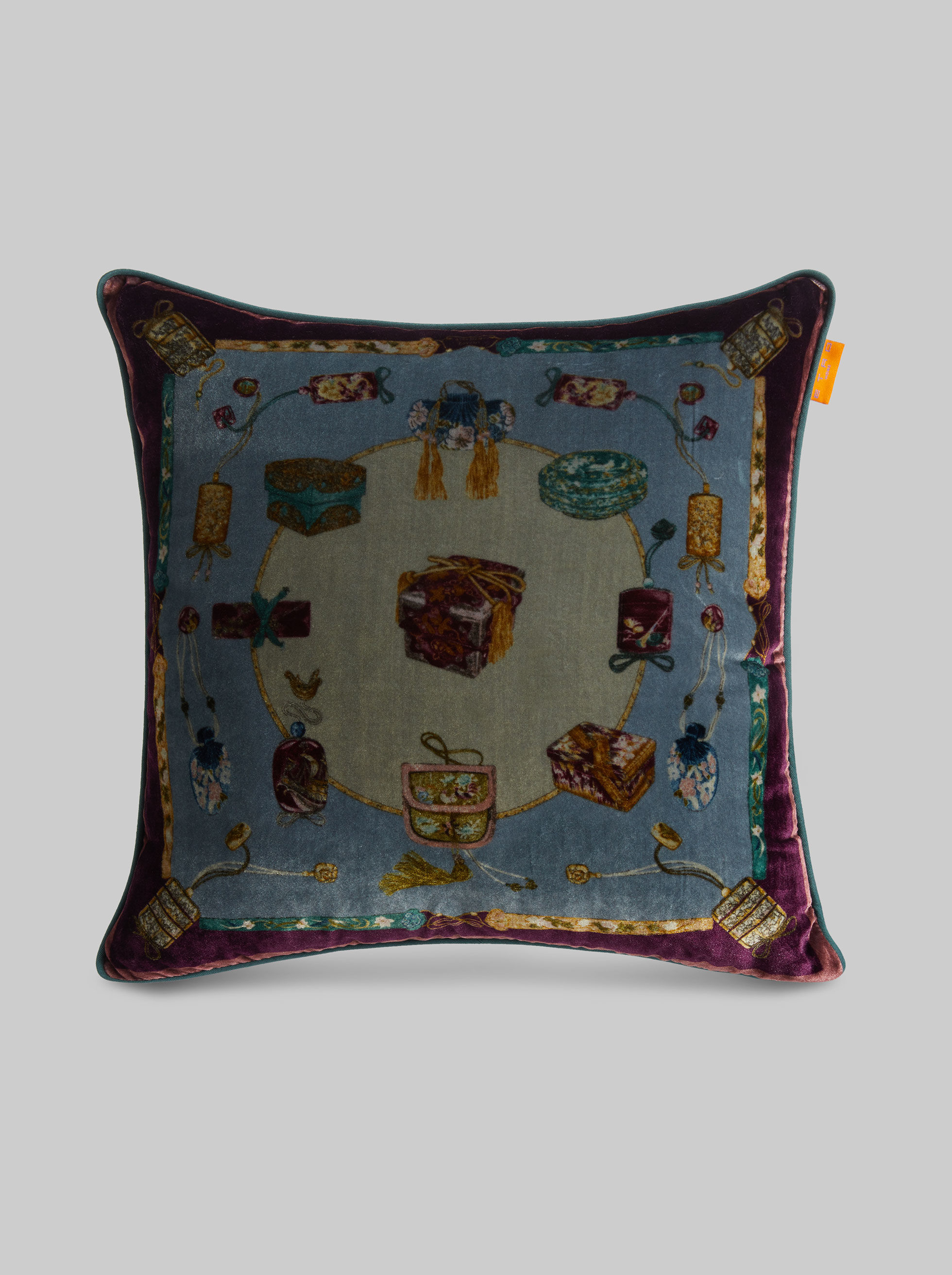 VELVET PRINTED THROW PILLOW