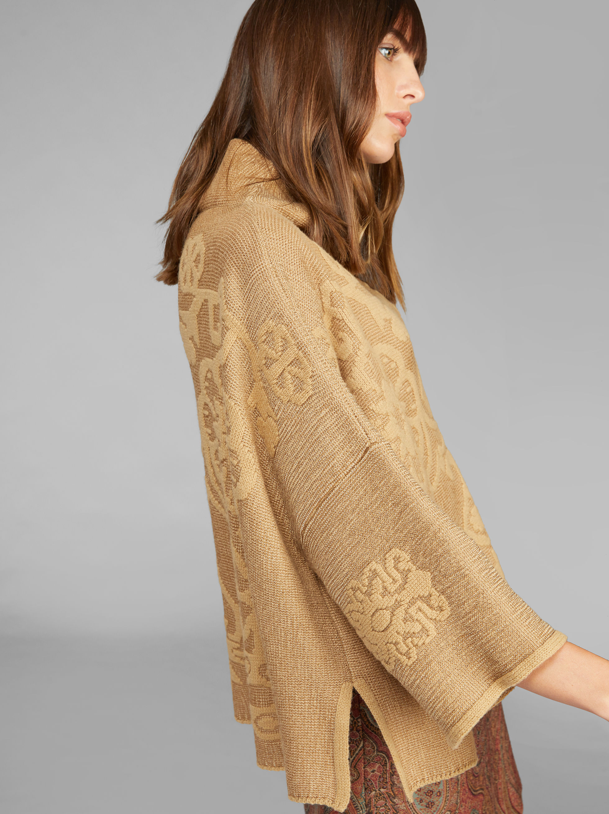 JACQUARD KNITTED PONCHO