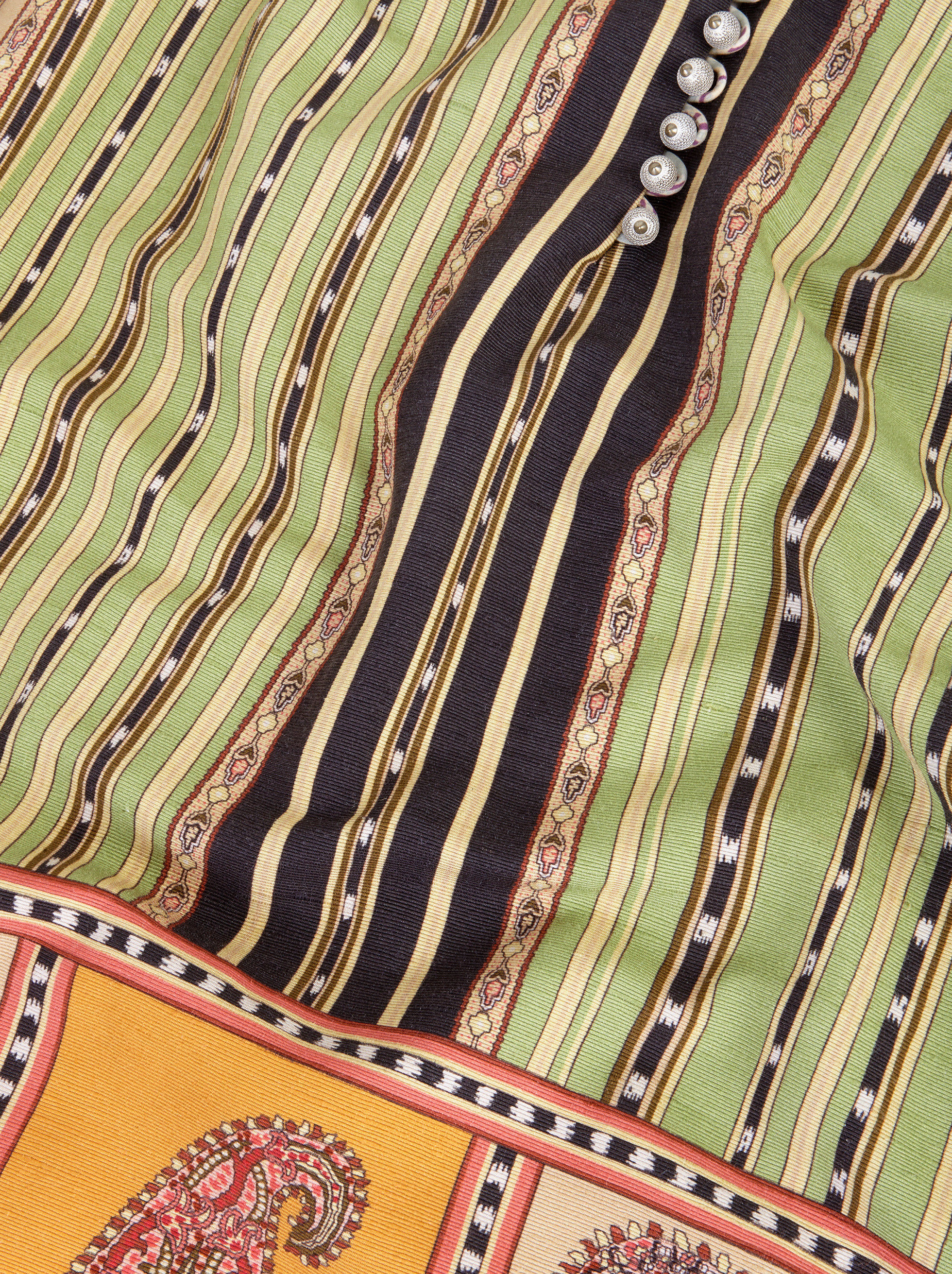 DRESS WITH STRIPED PATTERN AND PAISLEY MACRO