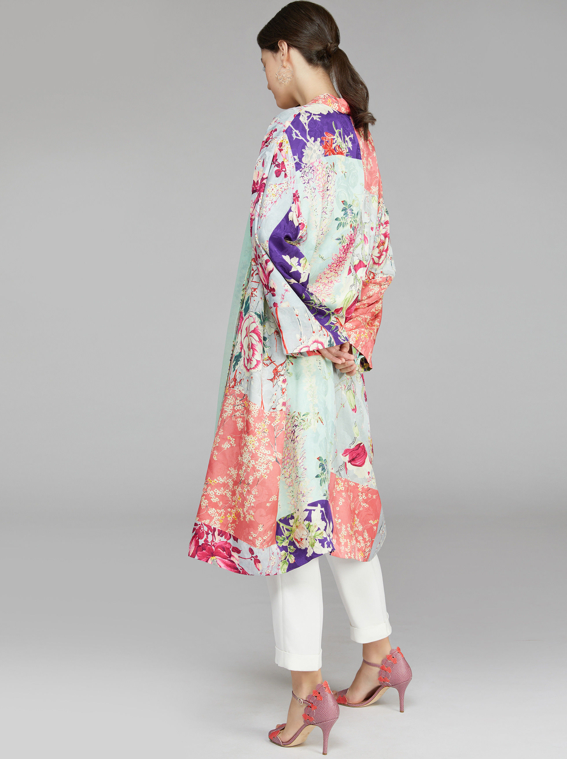 LIGHT JACQUARD COAT WITH FLORAL PRINT