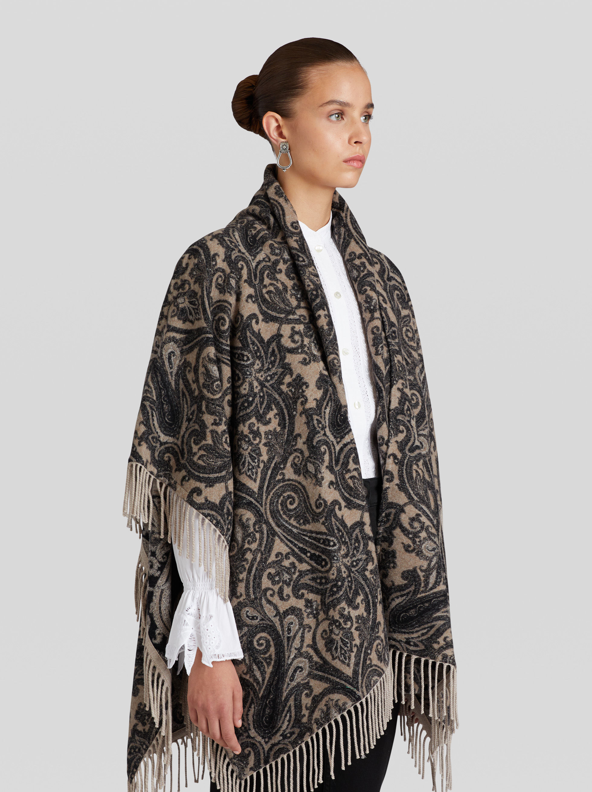 PAISLEY PONCHO WITH FRINGE