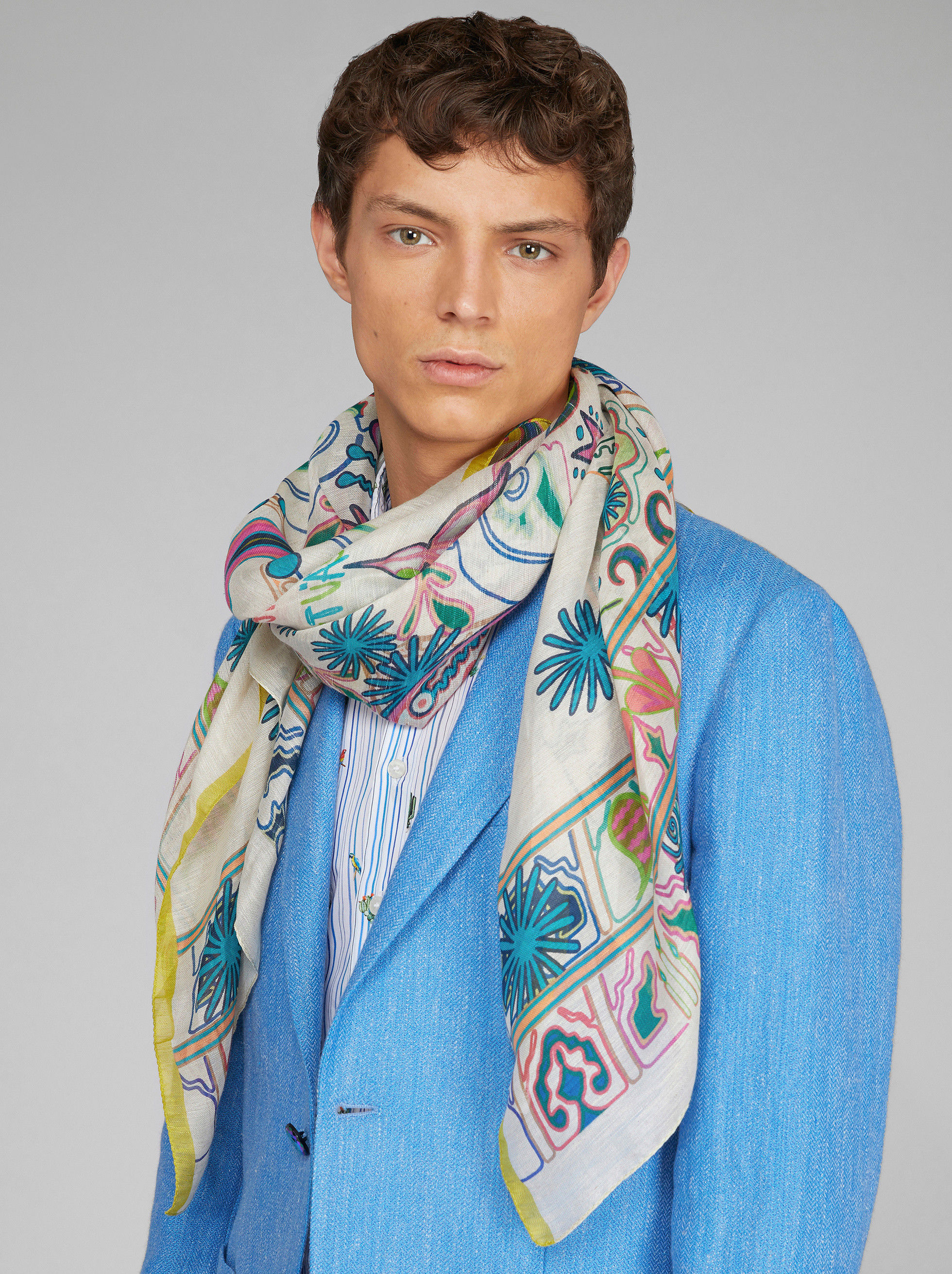 PAISLEY AND PEGASO PATTERN SCARF