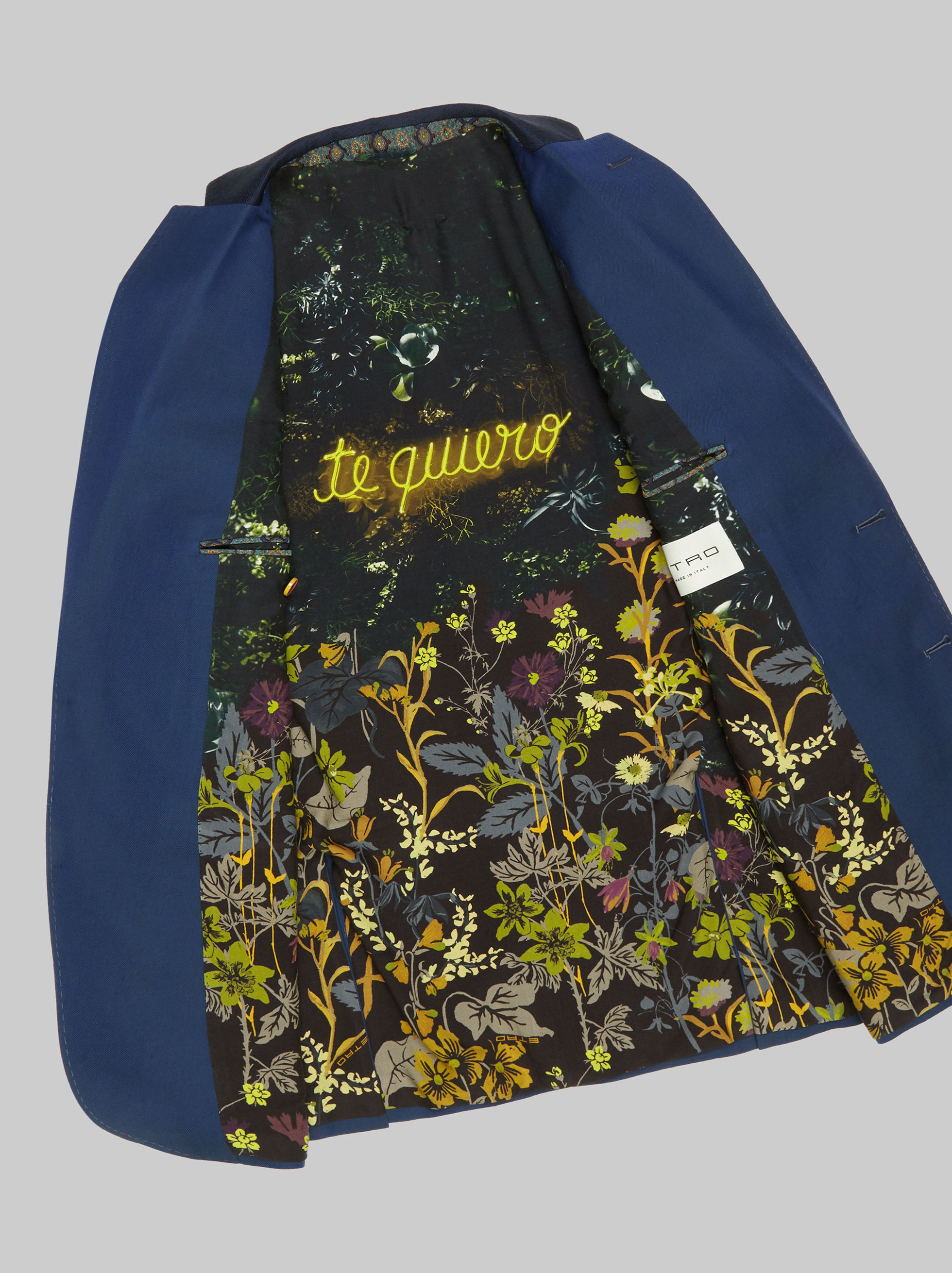 JACKET WITH EMBROIDERY