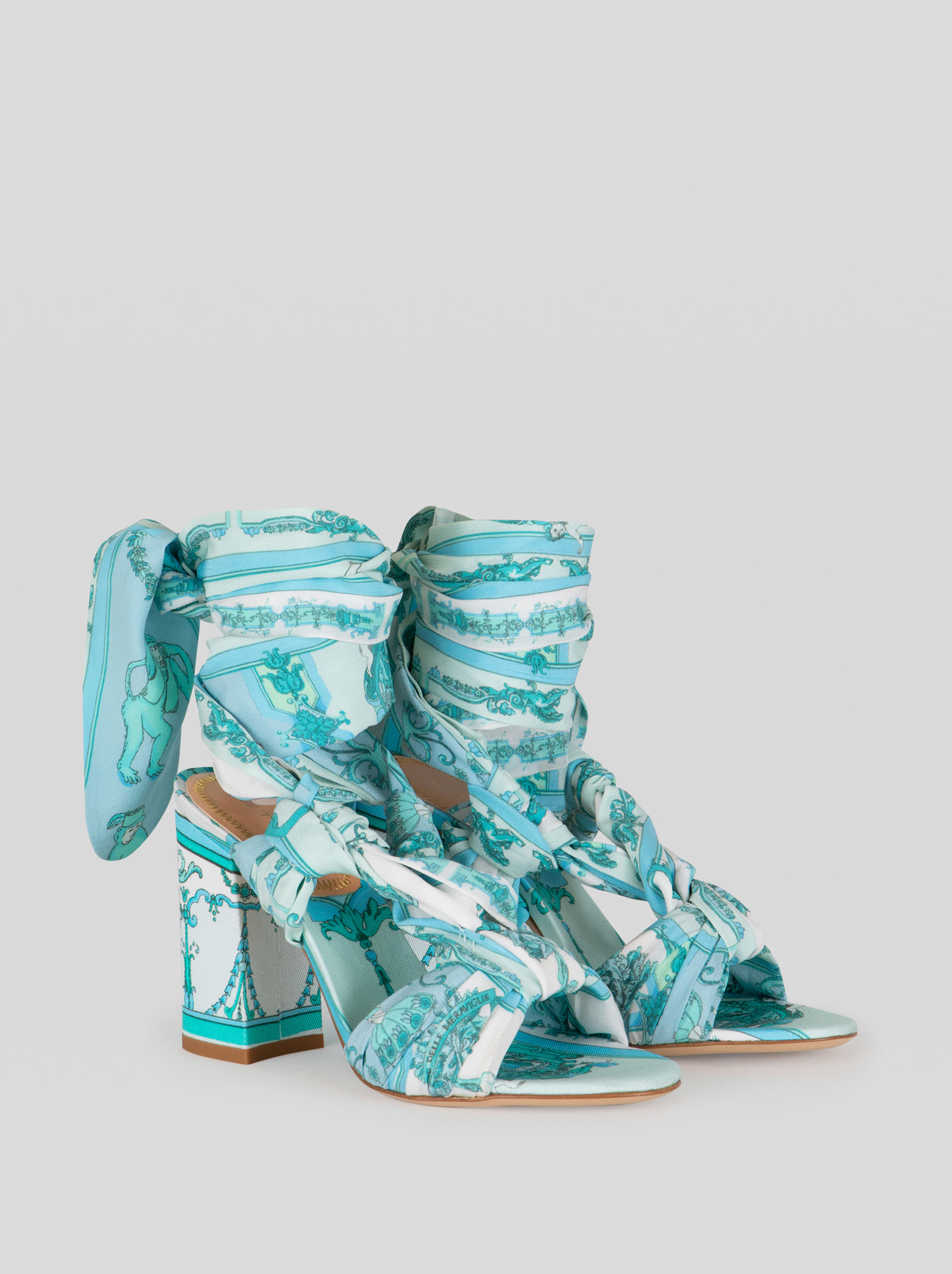 ORNAMENTAL SCARF PRINT COTTON SANDALS