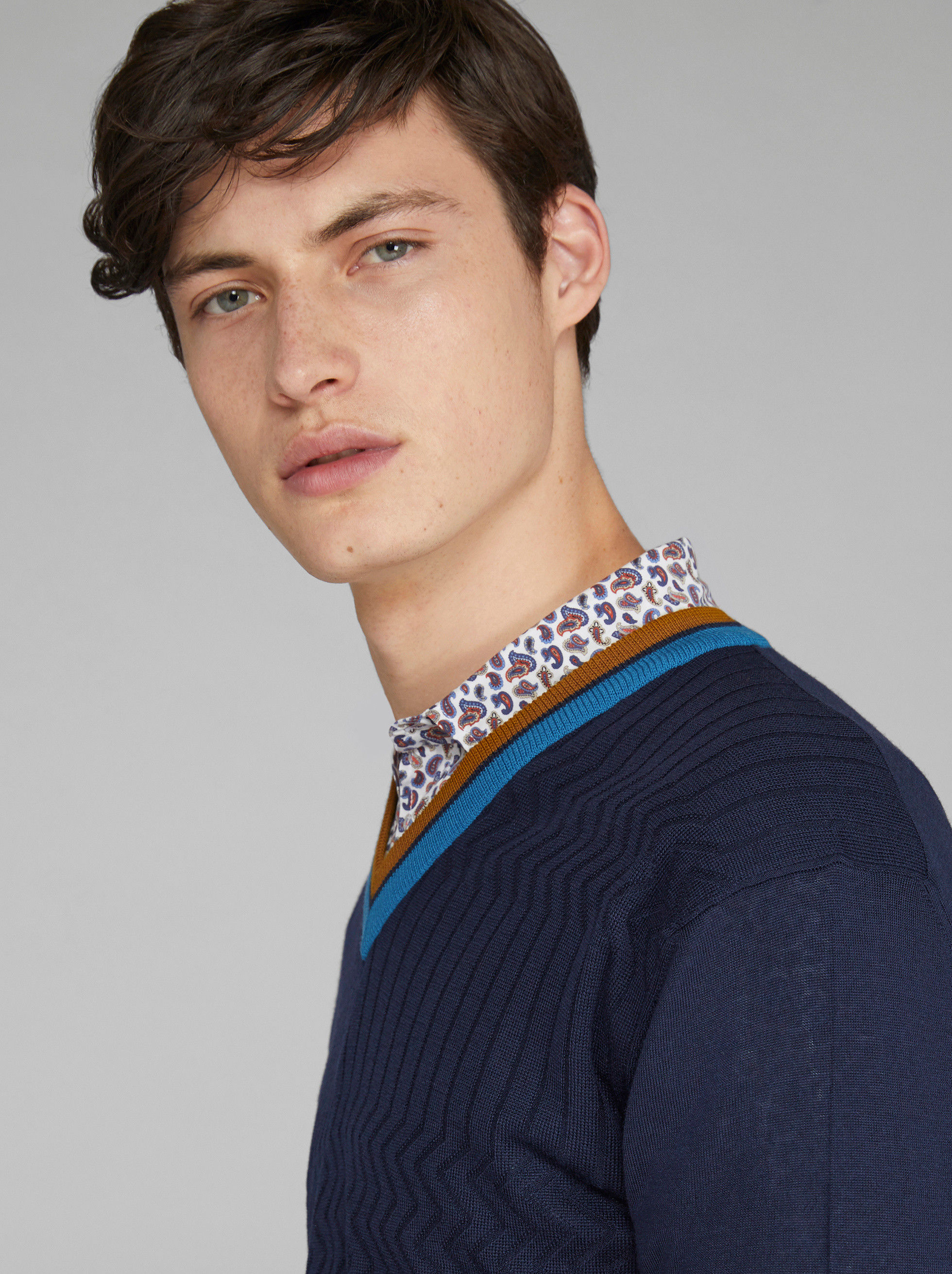 ZIGZAG PATTERN WOOL JUMPER