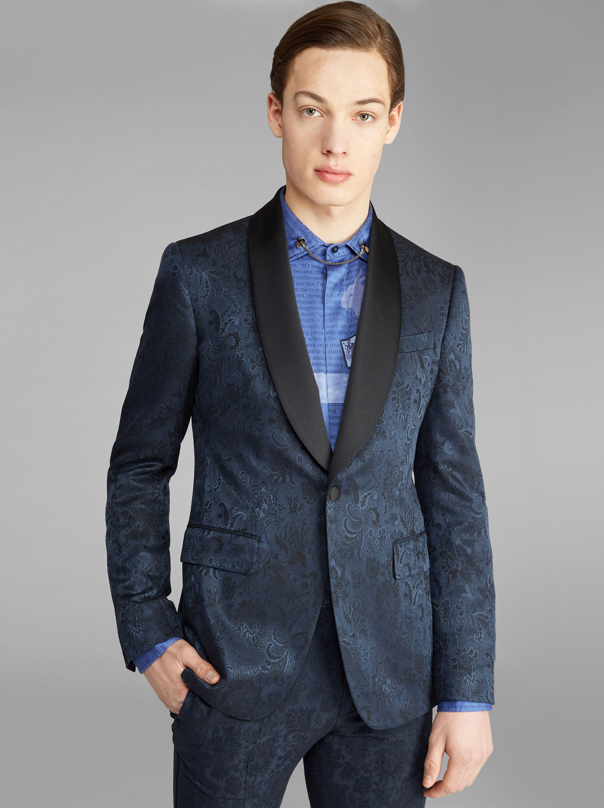 VESTE DE SMOKING SEMI-TRADITIONNELLE EN JACQUARD