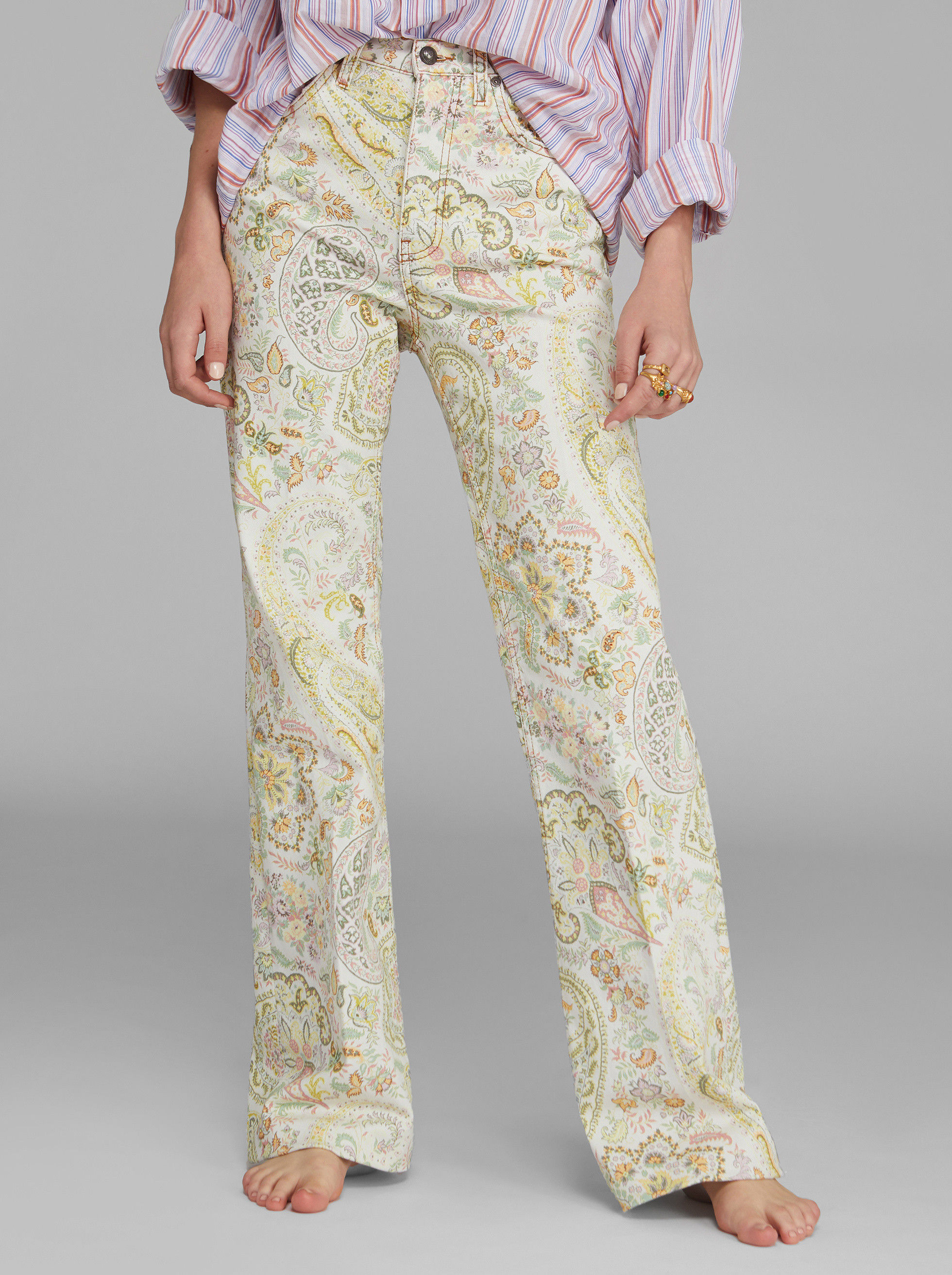 FLARED JEANS WITH FLORAL PAISLEY DESIGNS