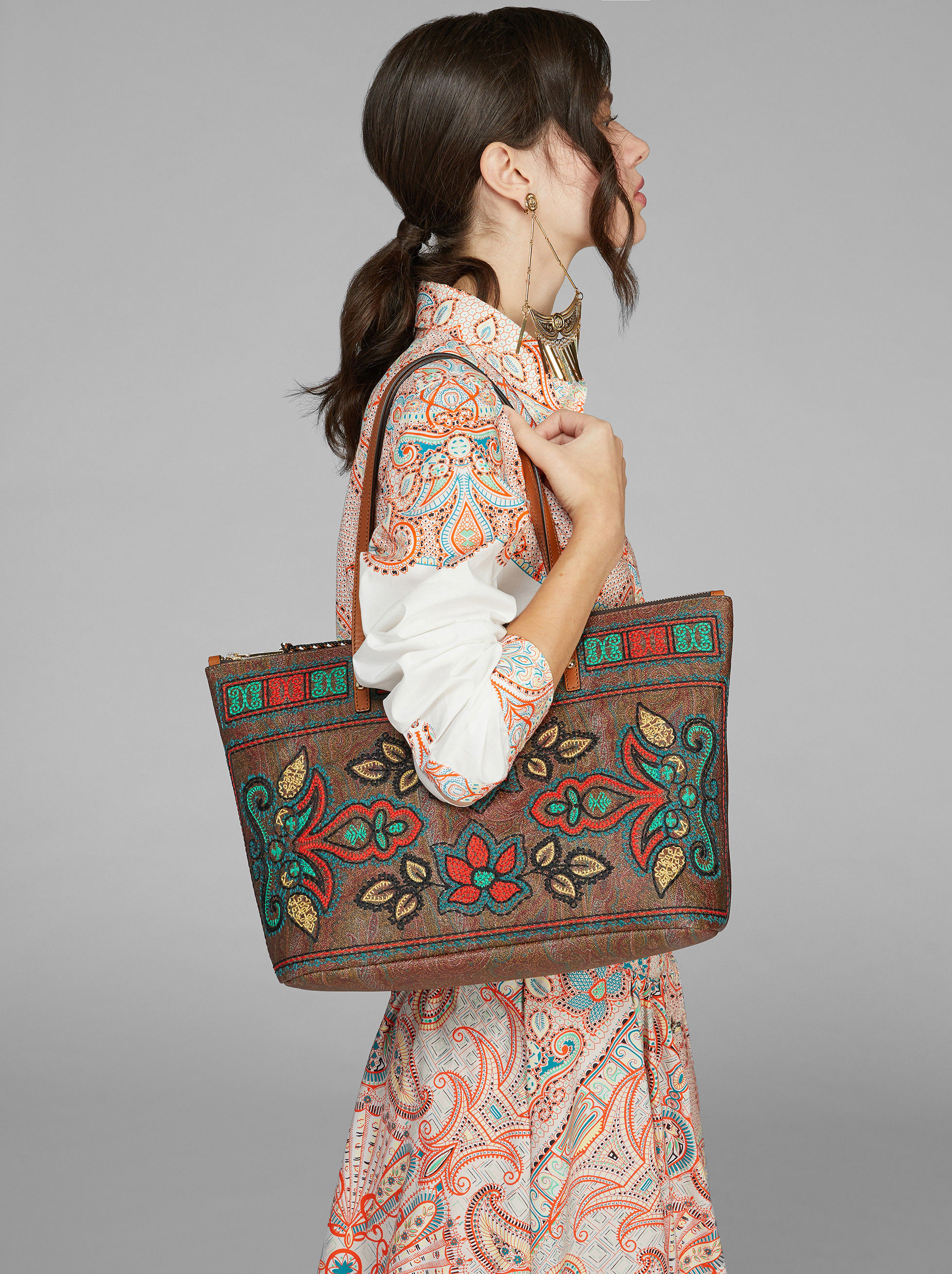 PAISLEY SHOPPING BAG WITH FLORAL EMBROIDERY