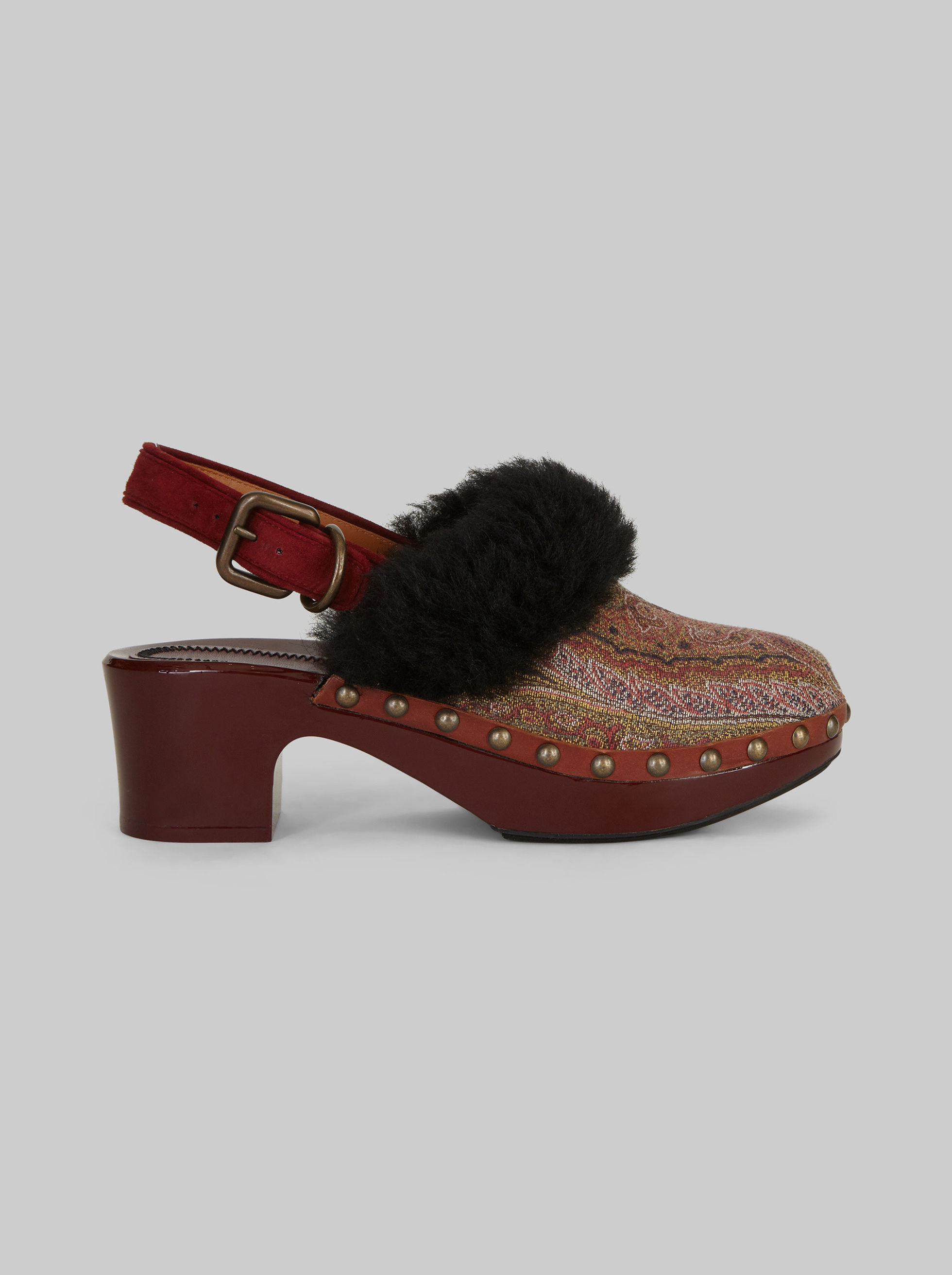 JACQUARD CLOGS