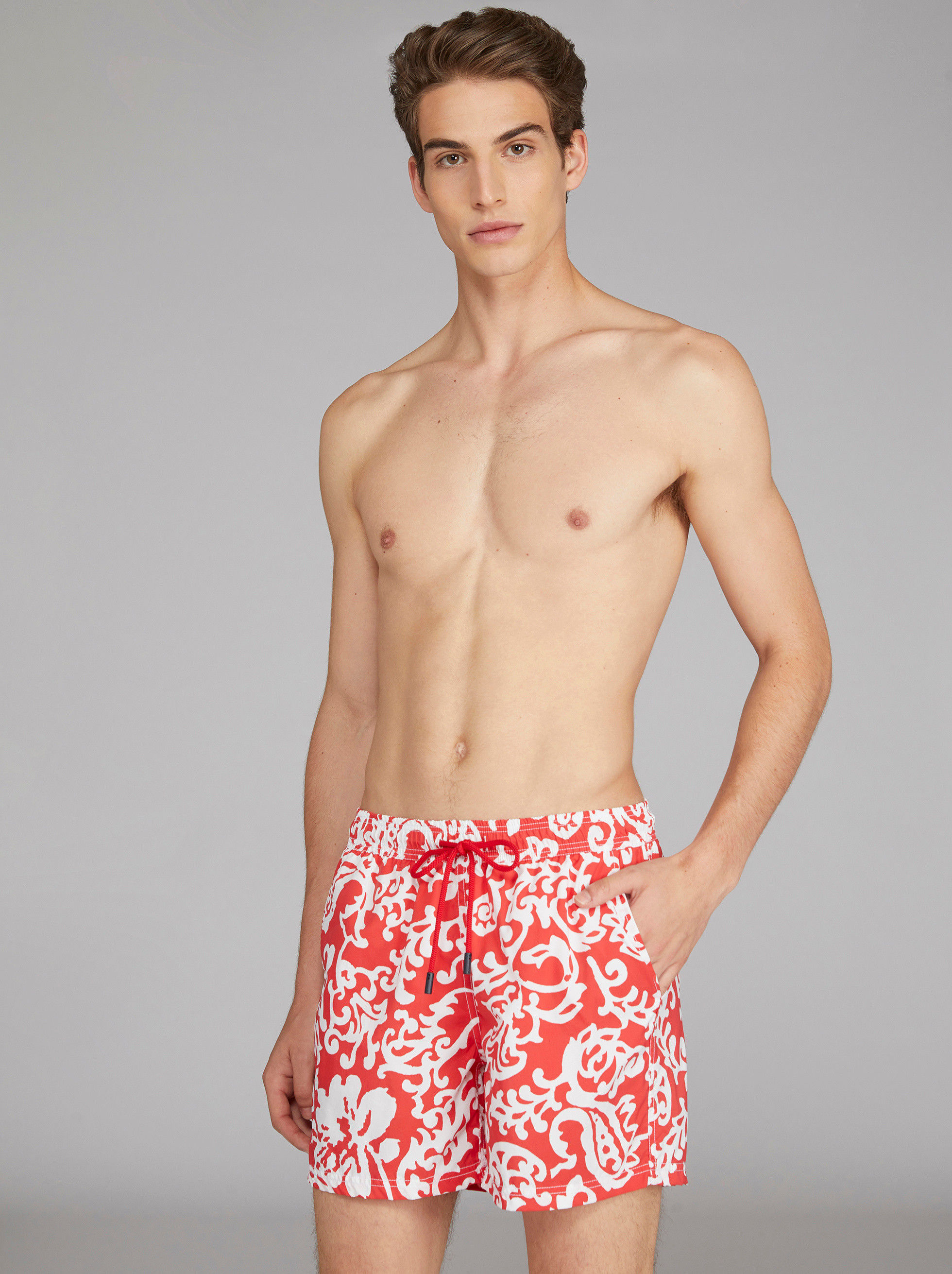 LEAF-DESIGN SWIM SHORTS
