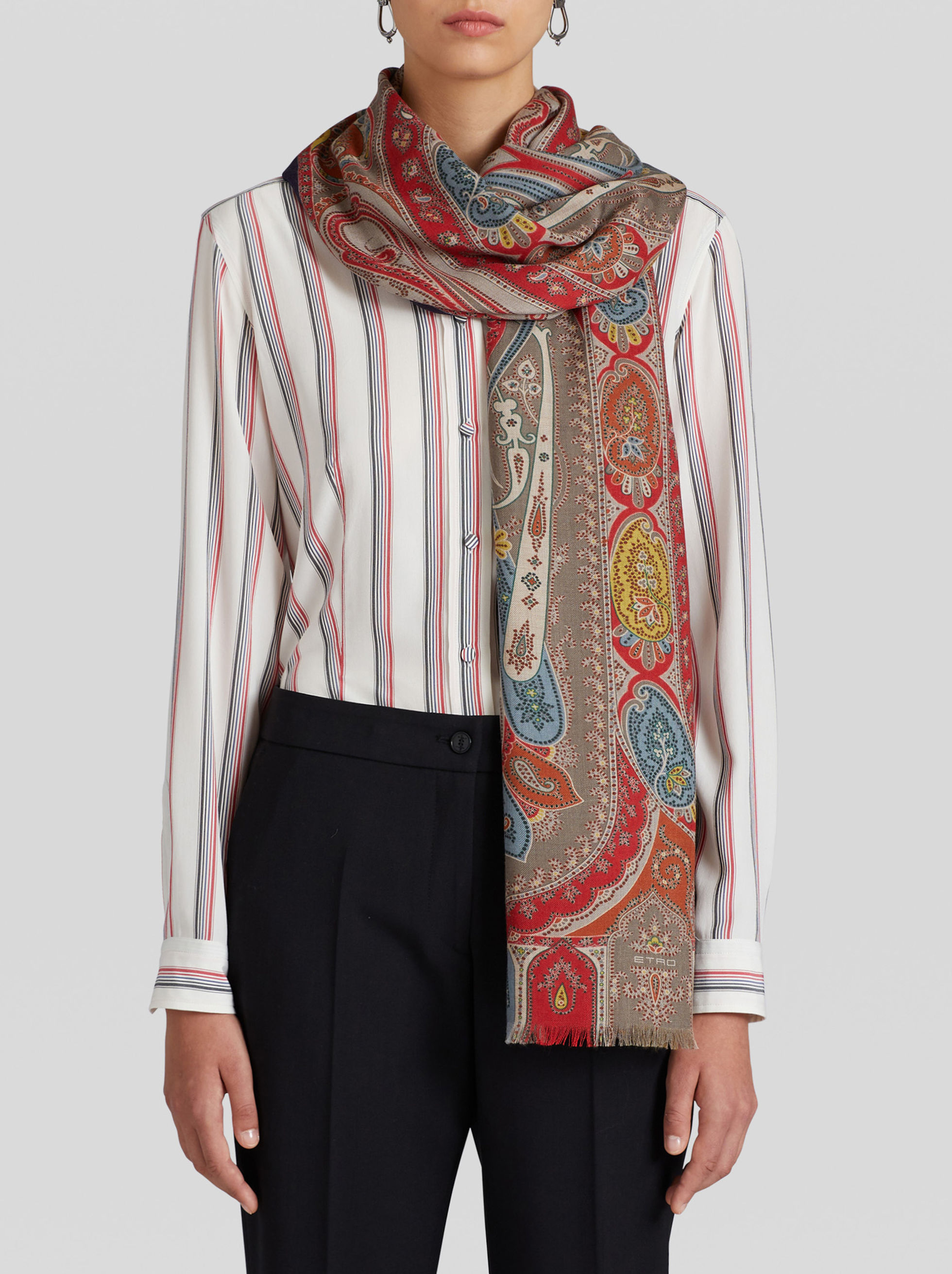 PAISLEY PRINT WOOL AND SILK SCARF