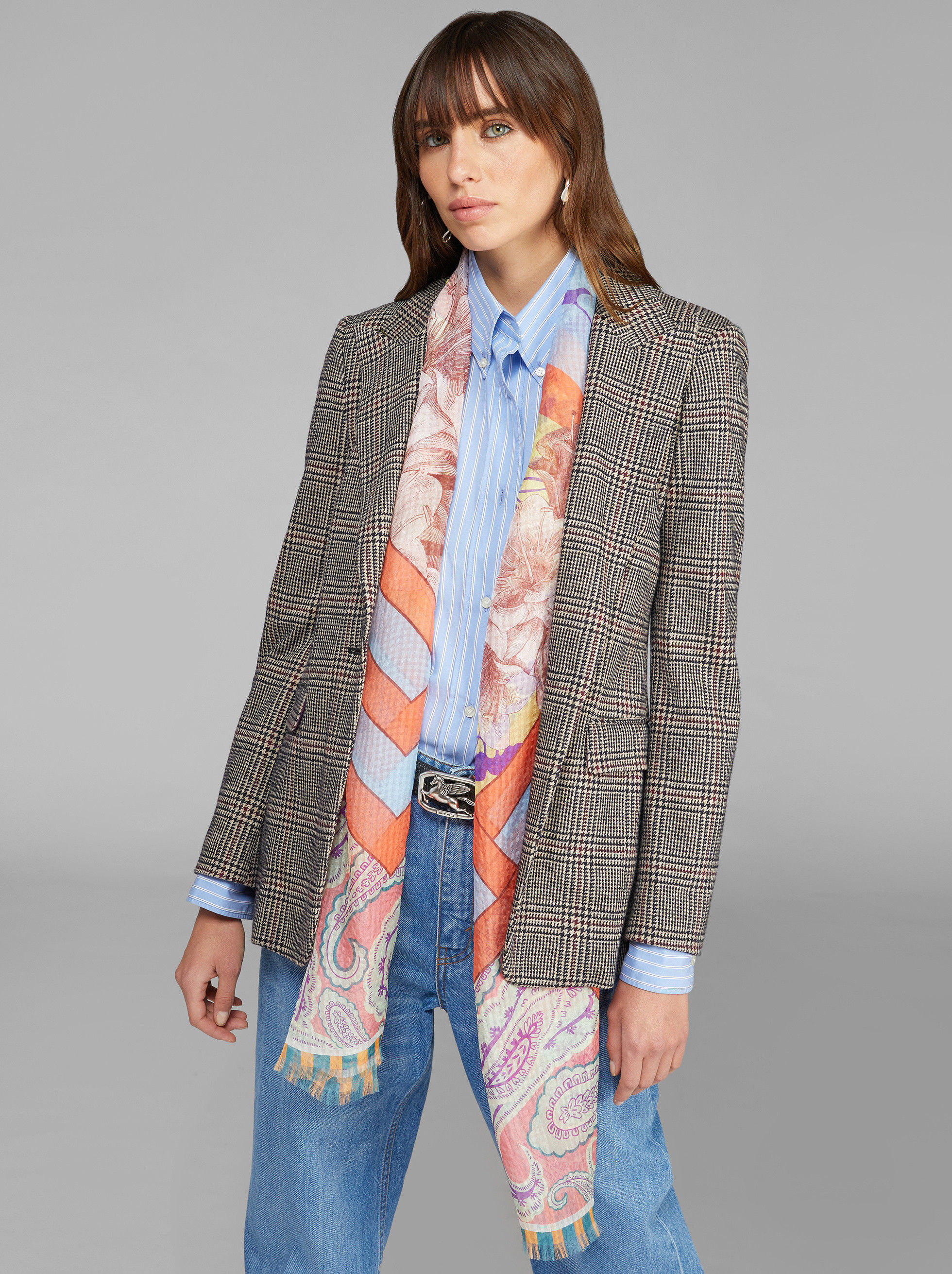 SILK SCARF WITH FLORAL PAISLEY PATTERNS