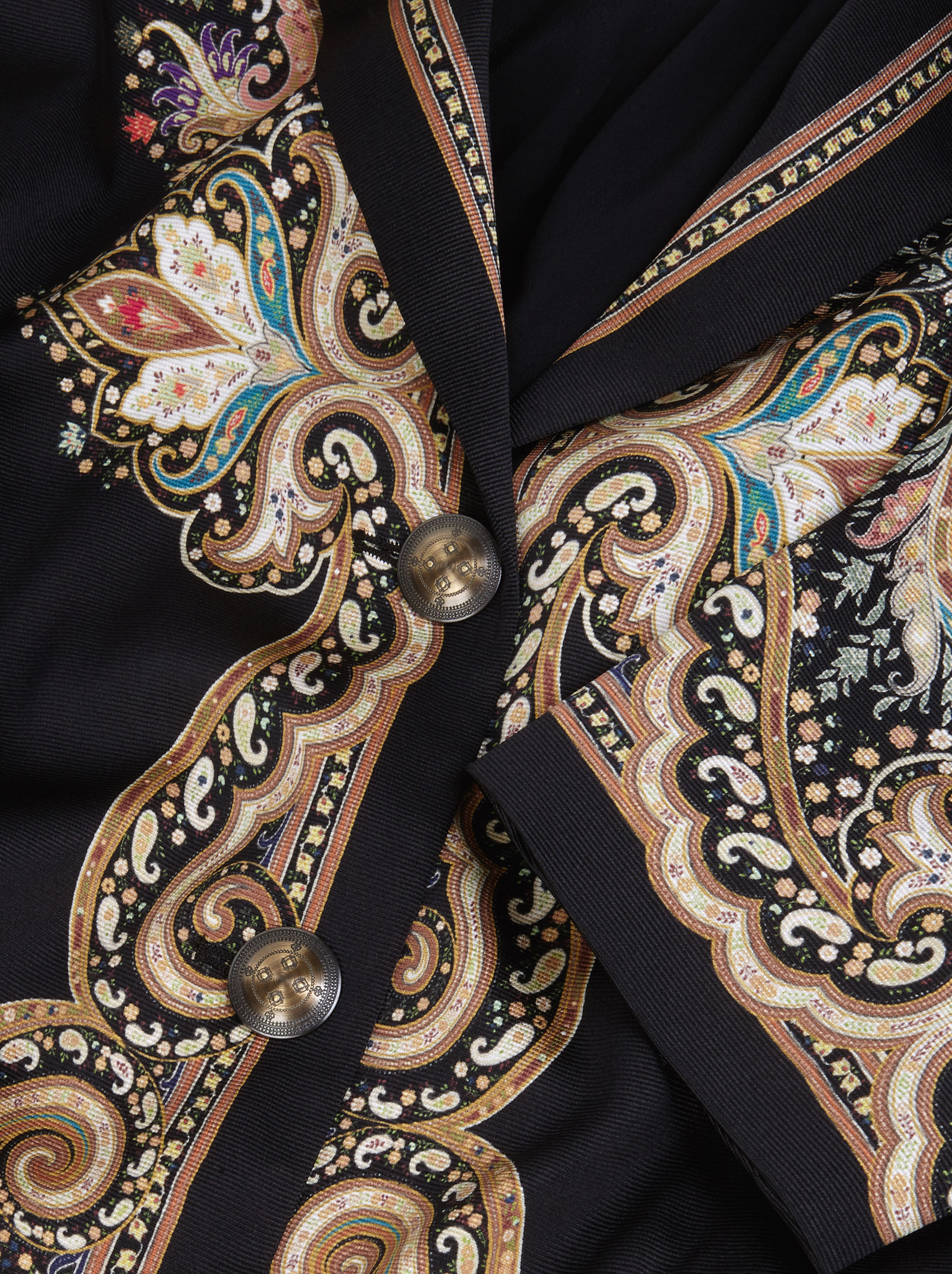 SILK COAT WITH FLORAL PAISLEY PATTERNS