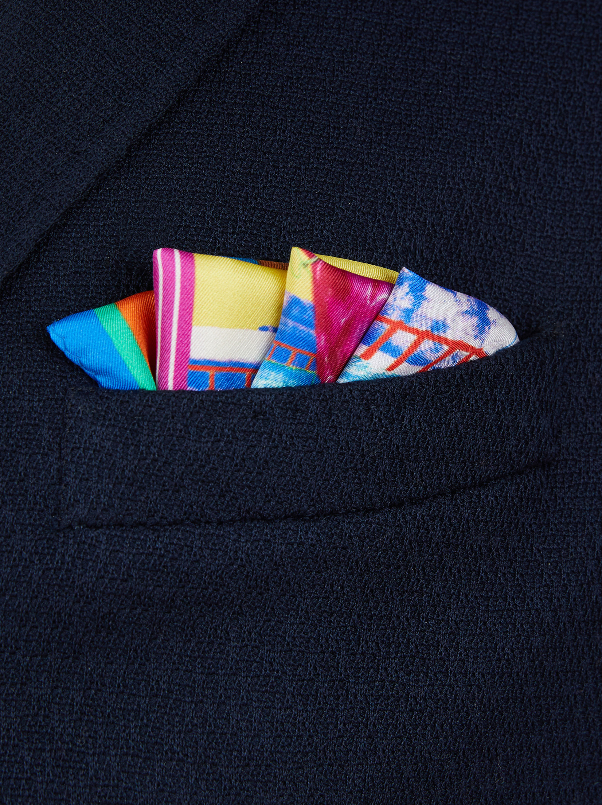 POCKET SQUARE WITH EQUESTRIAN PRINT