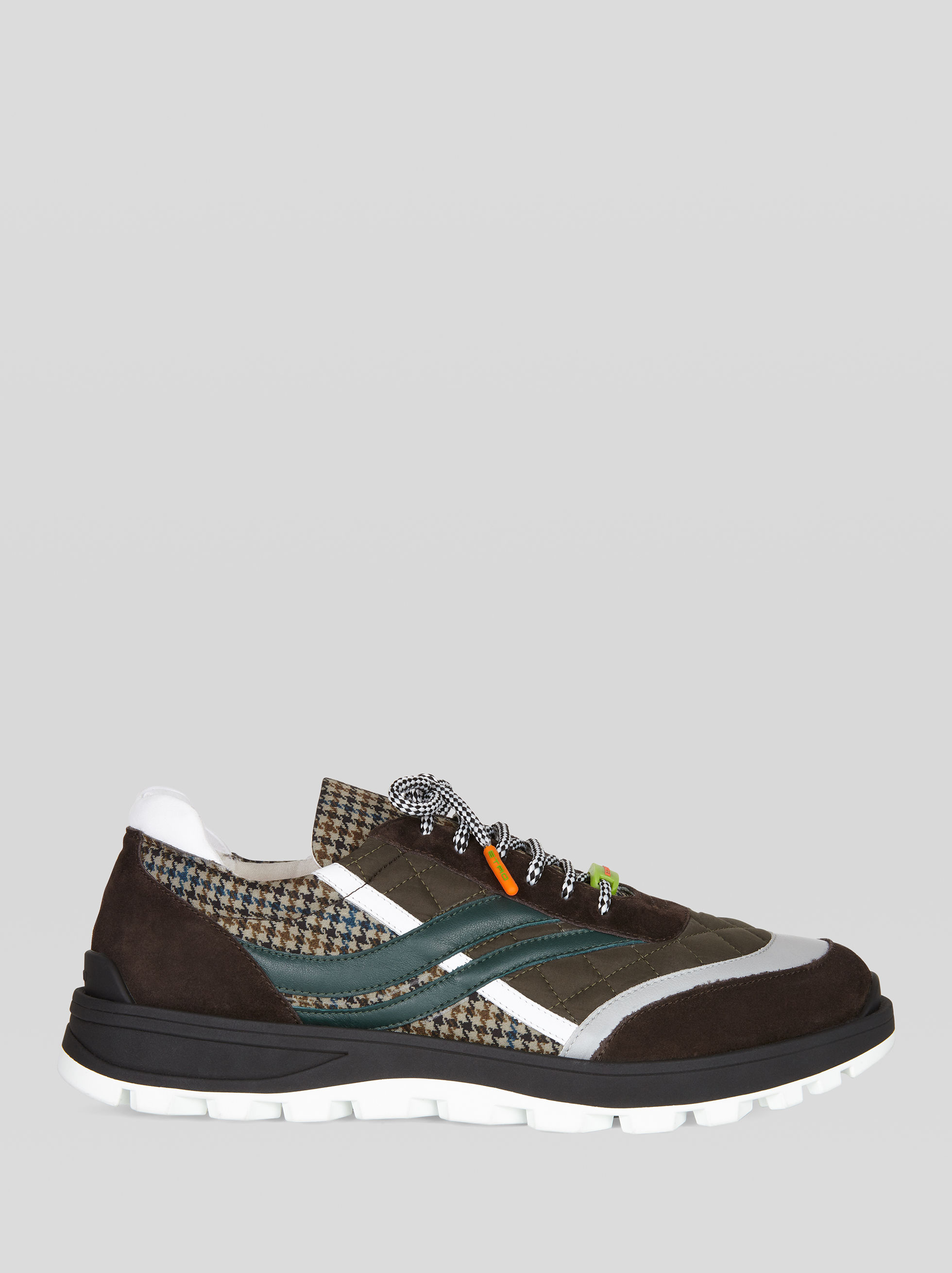 SNEAKERS WITH CHECK PATTERN