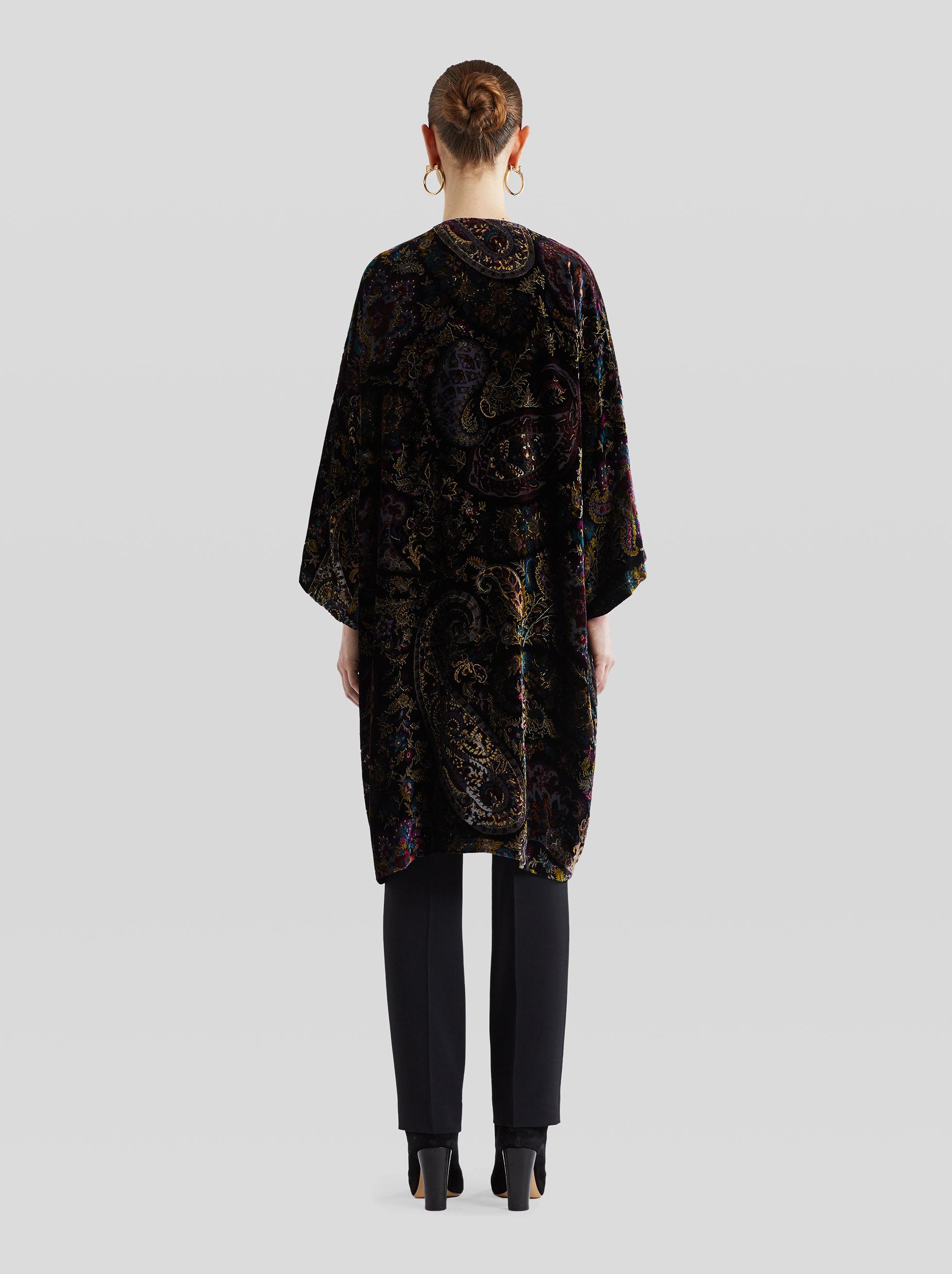 PONCHO WITH FLORAL PAISLEY PRINT