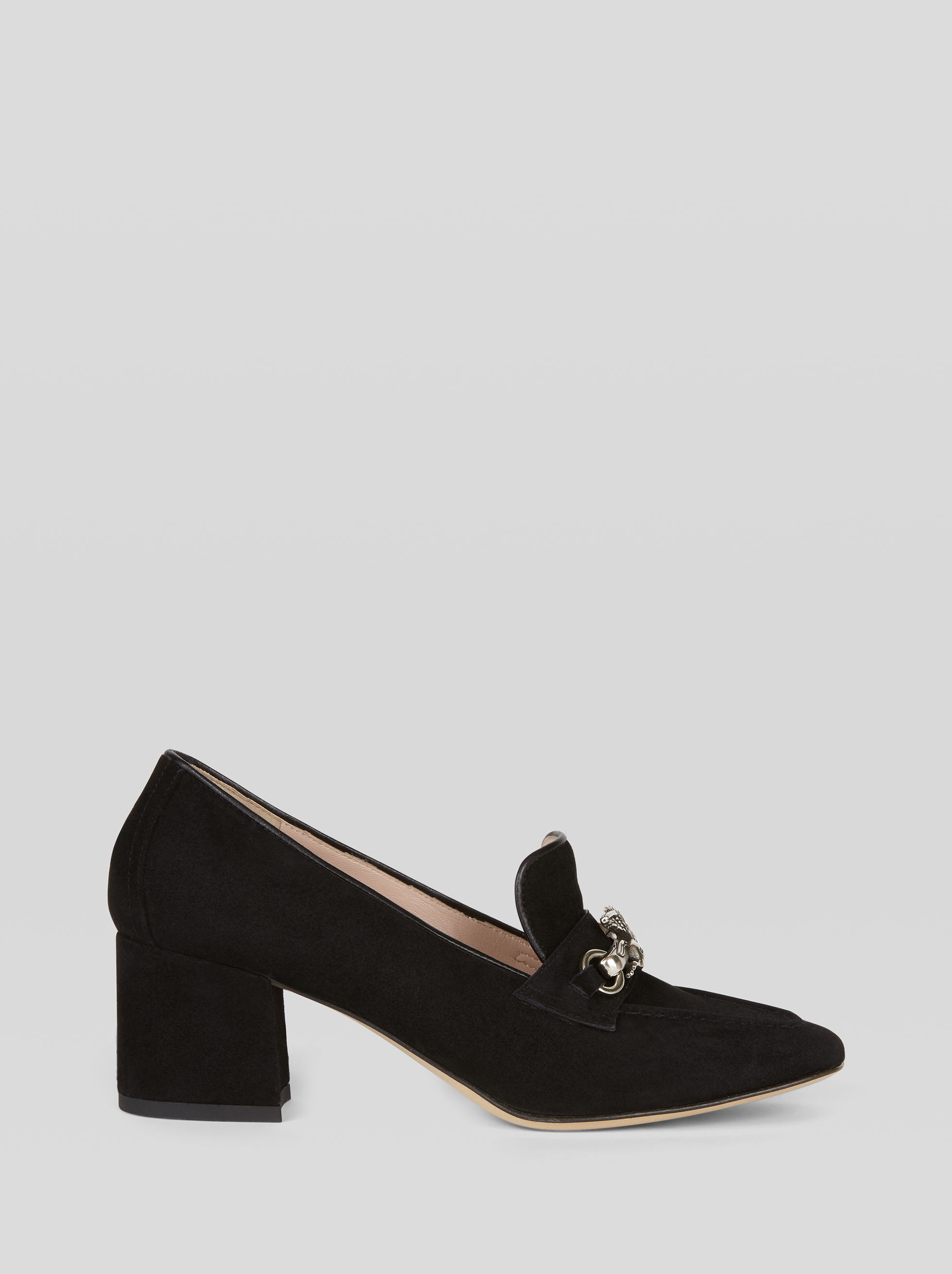 SUEDE COURT SHOE WITH PEGASO