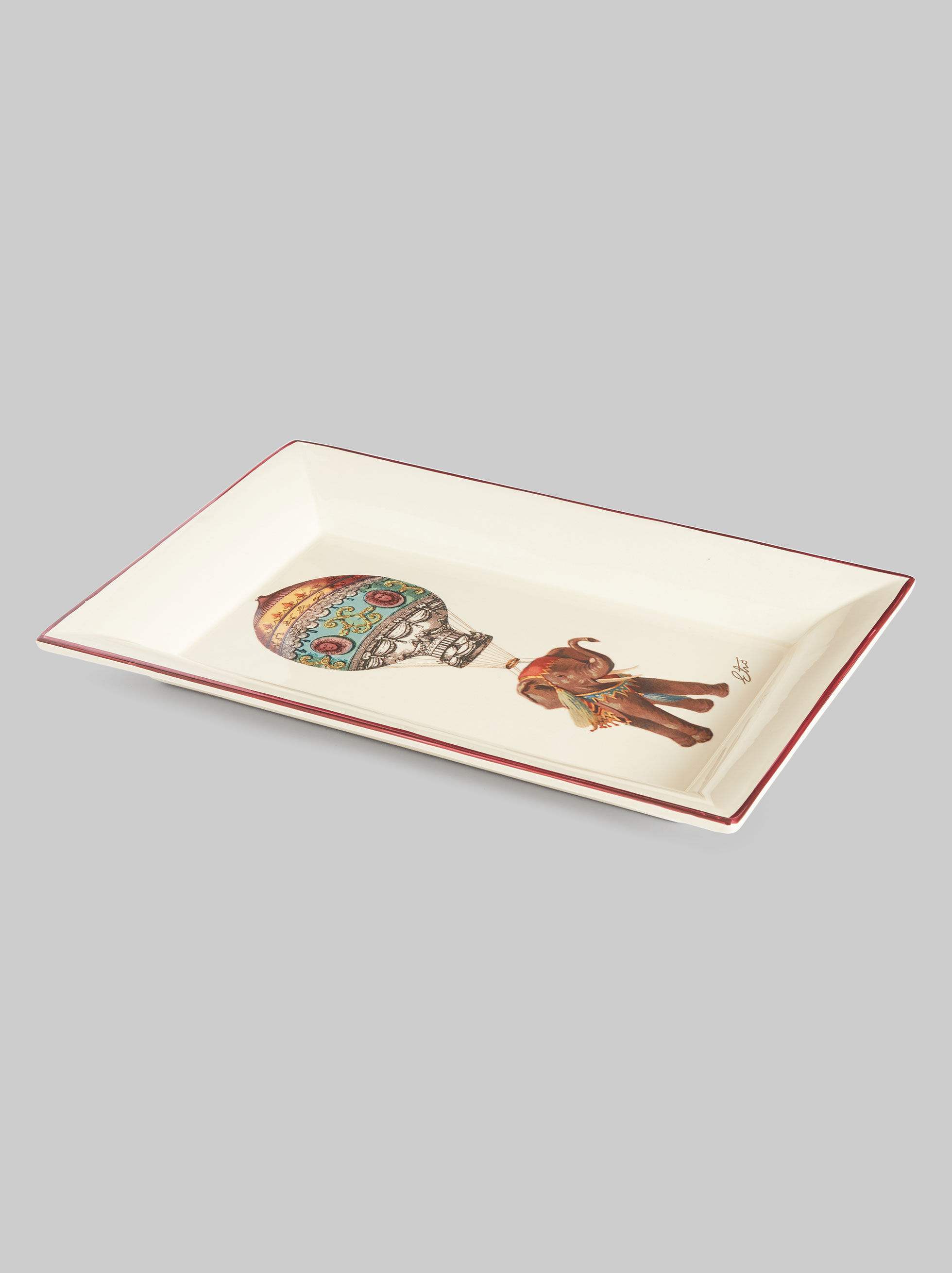 RECTANGULAR CERAMIC TRAY WITH ELEPHANT