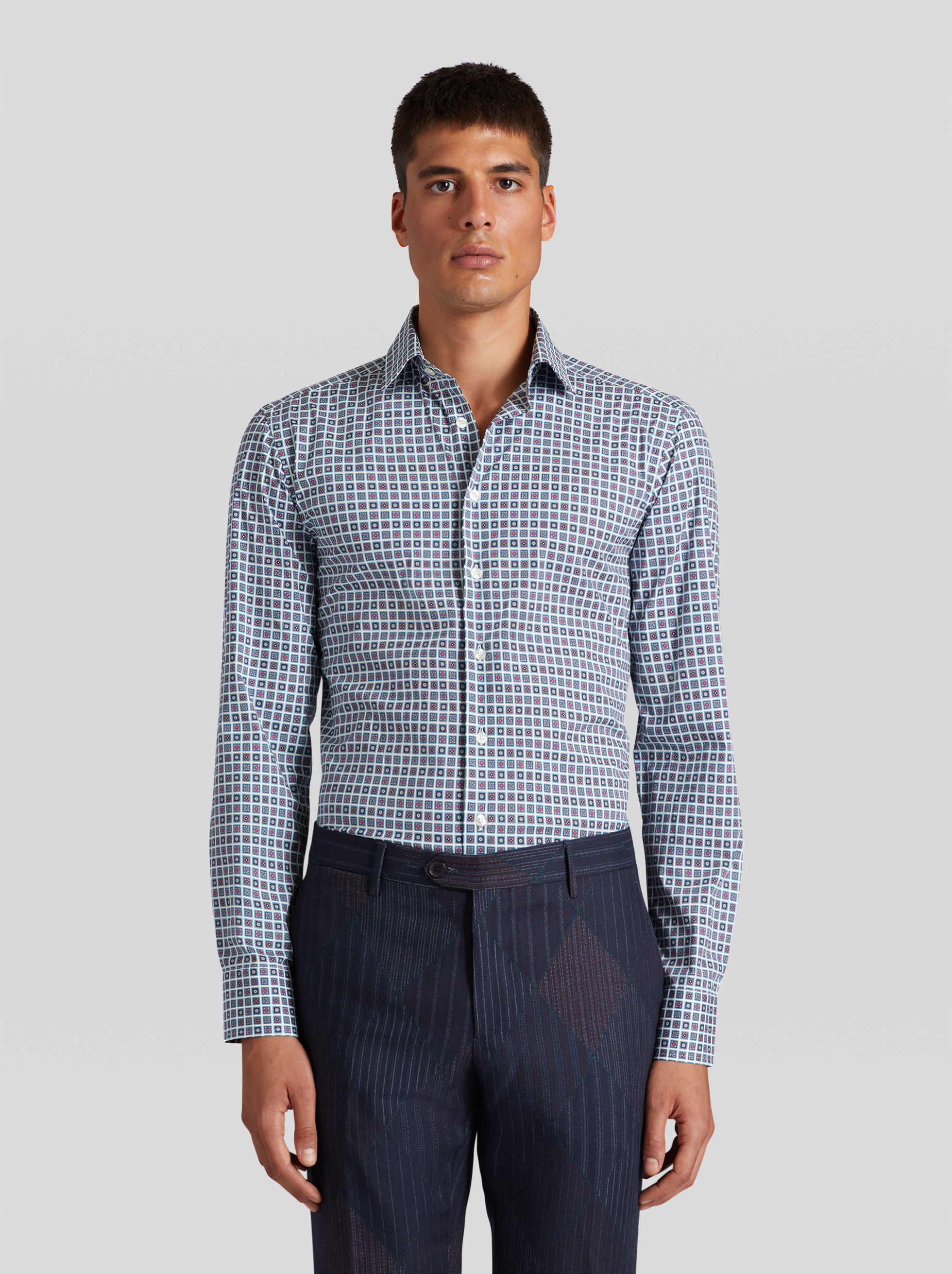 SHIRT WITH TIE PATTERN PRINT