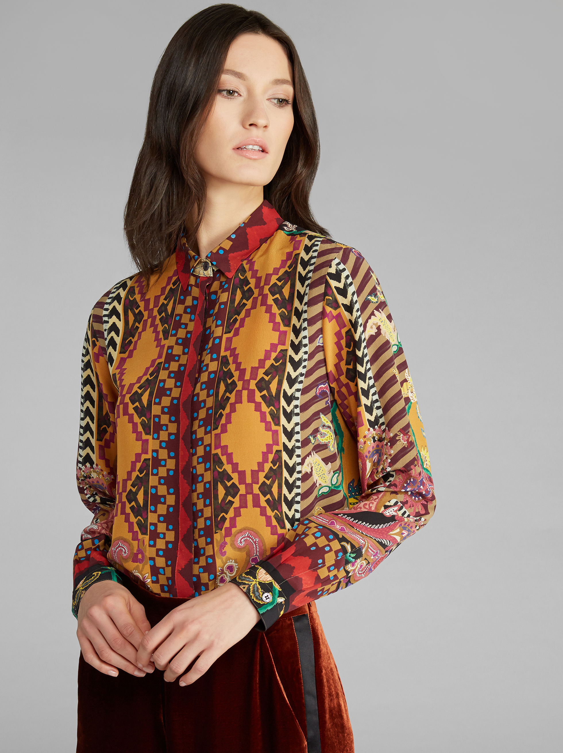 CARPET-PRINT SHIRT