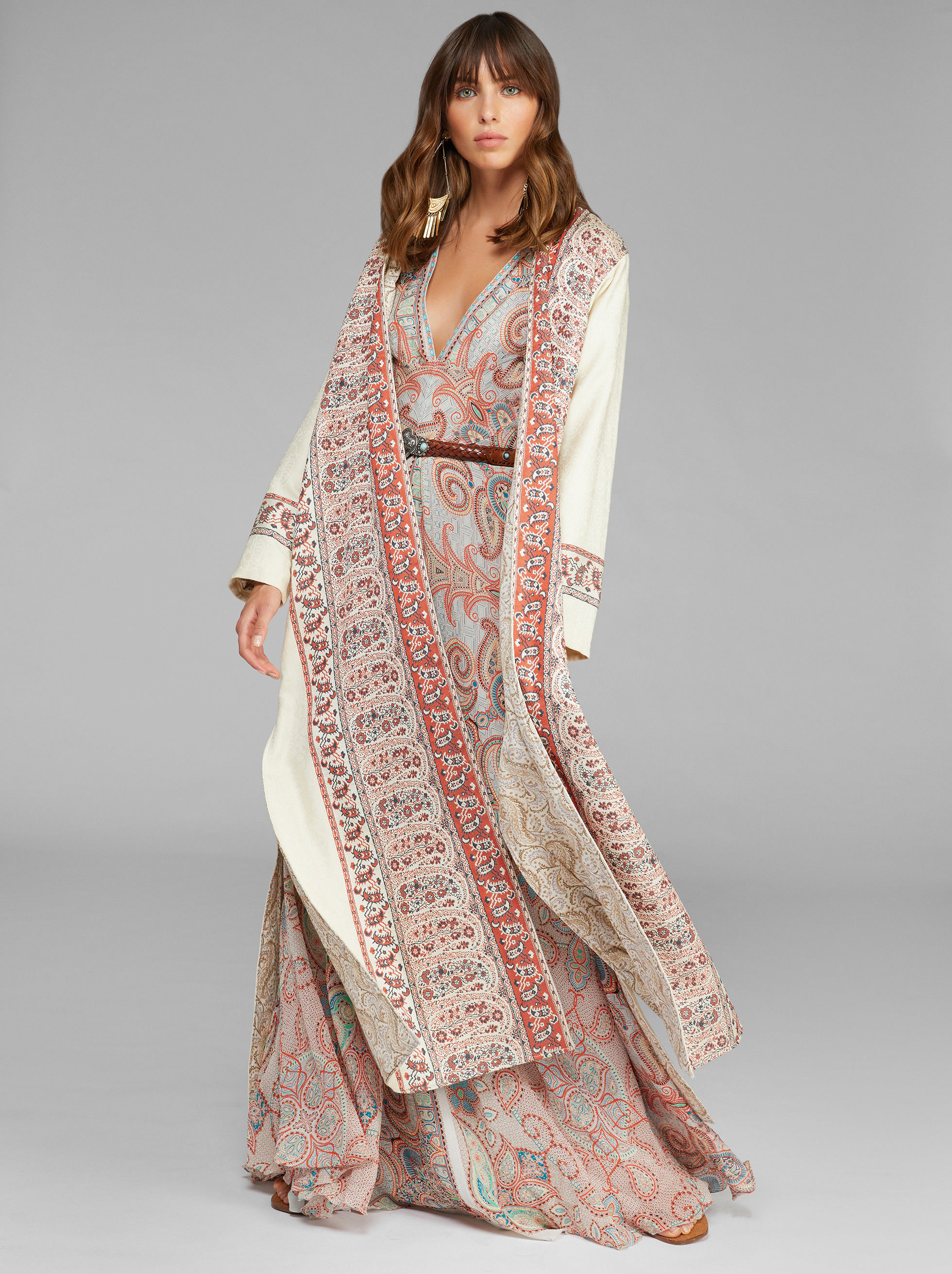 MAXI JACQUARD COAT WITH PAISLEY BORDER