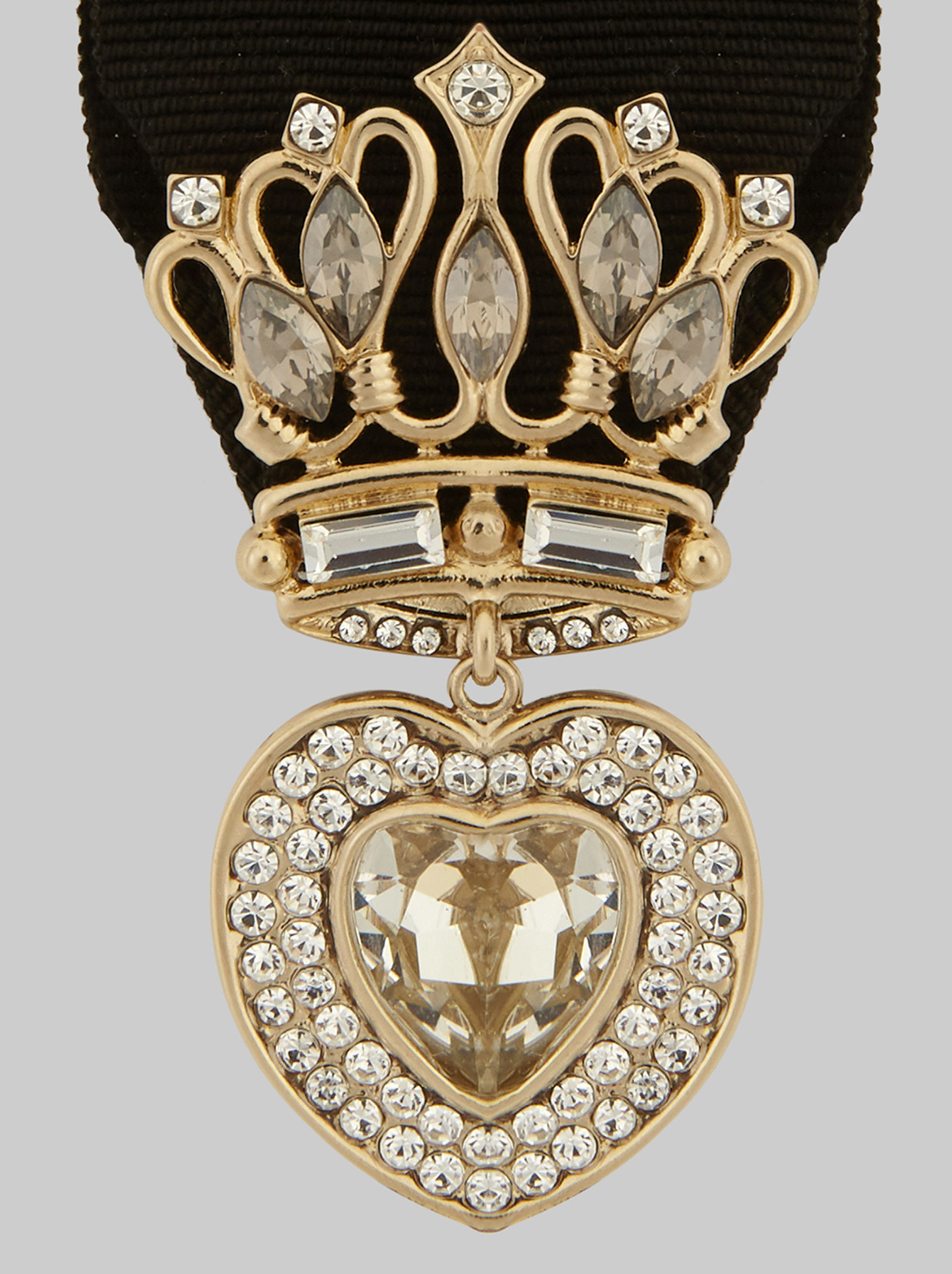 BROOCH WITH CROWN