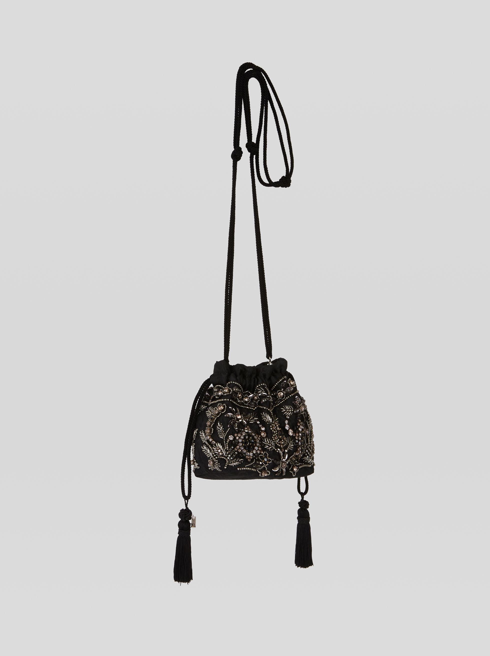 MINI EMBROIDERED BUCKET BAG