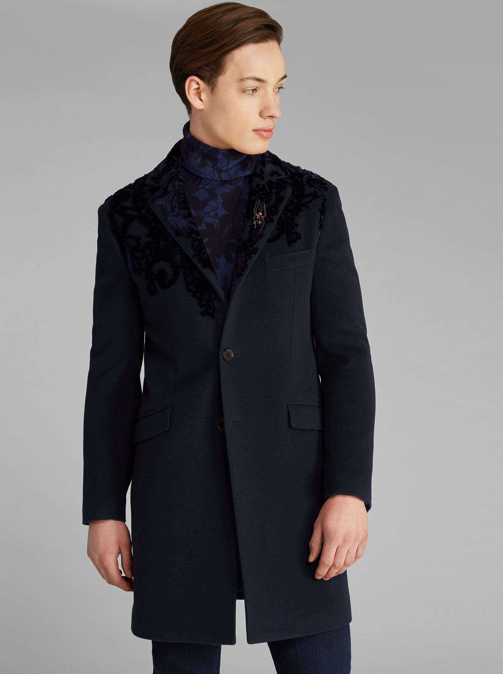 SEMI-TRADITIONAL COAT WITH VELVET DETAILS