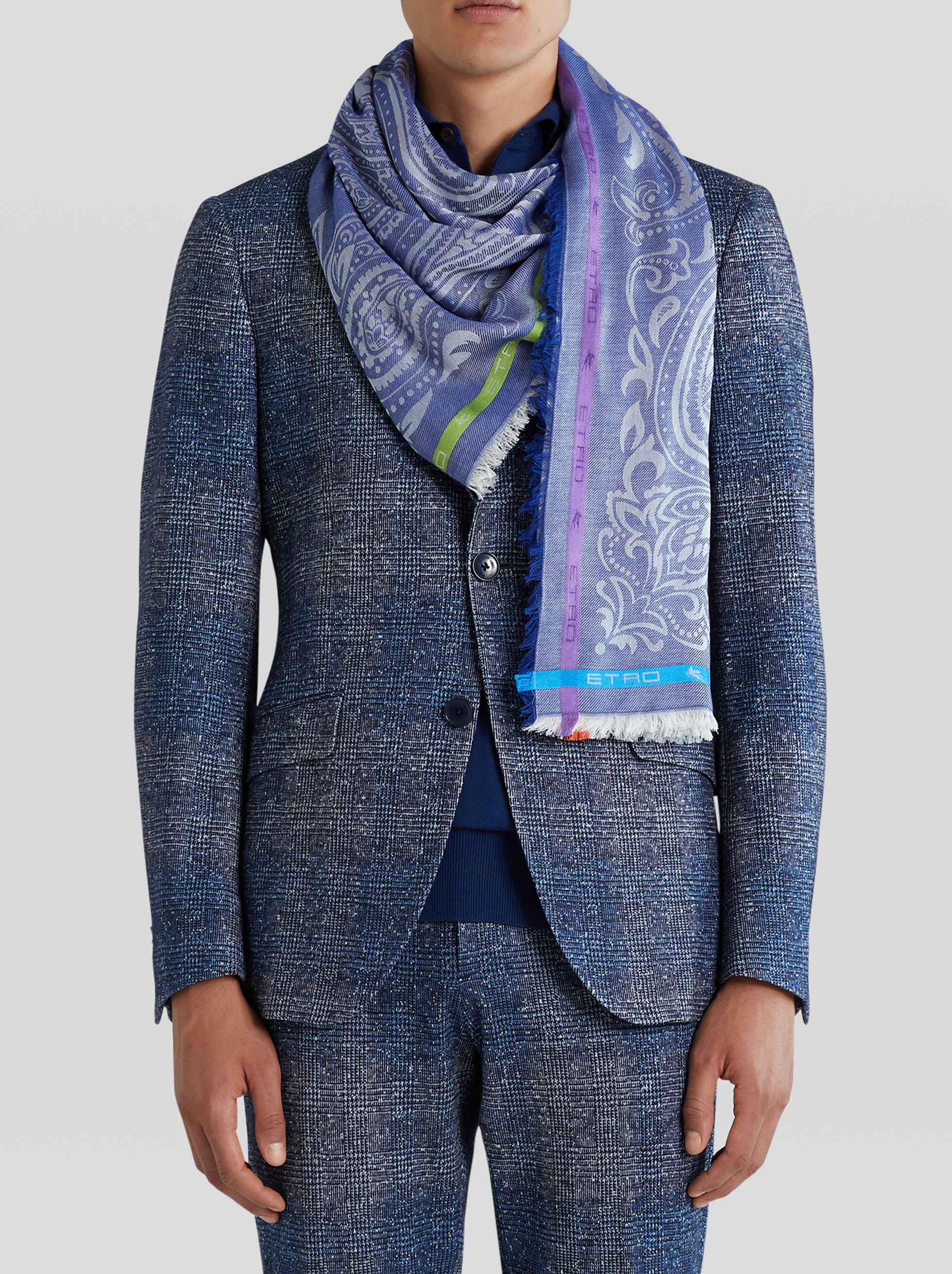 JACQUARD SCARF WITH PEGASO