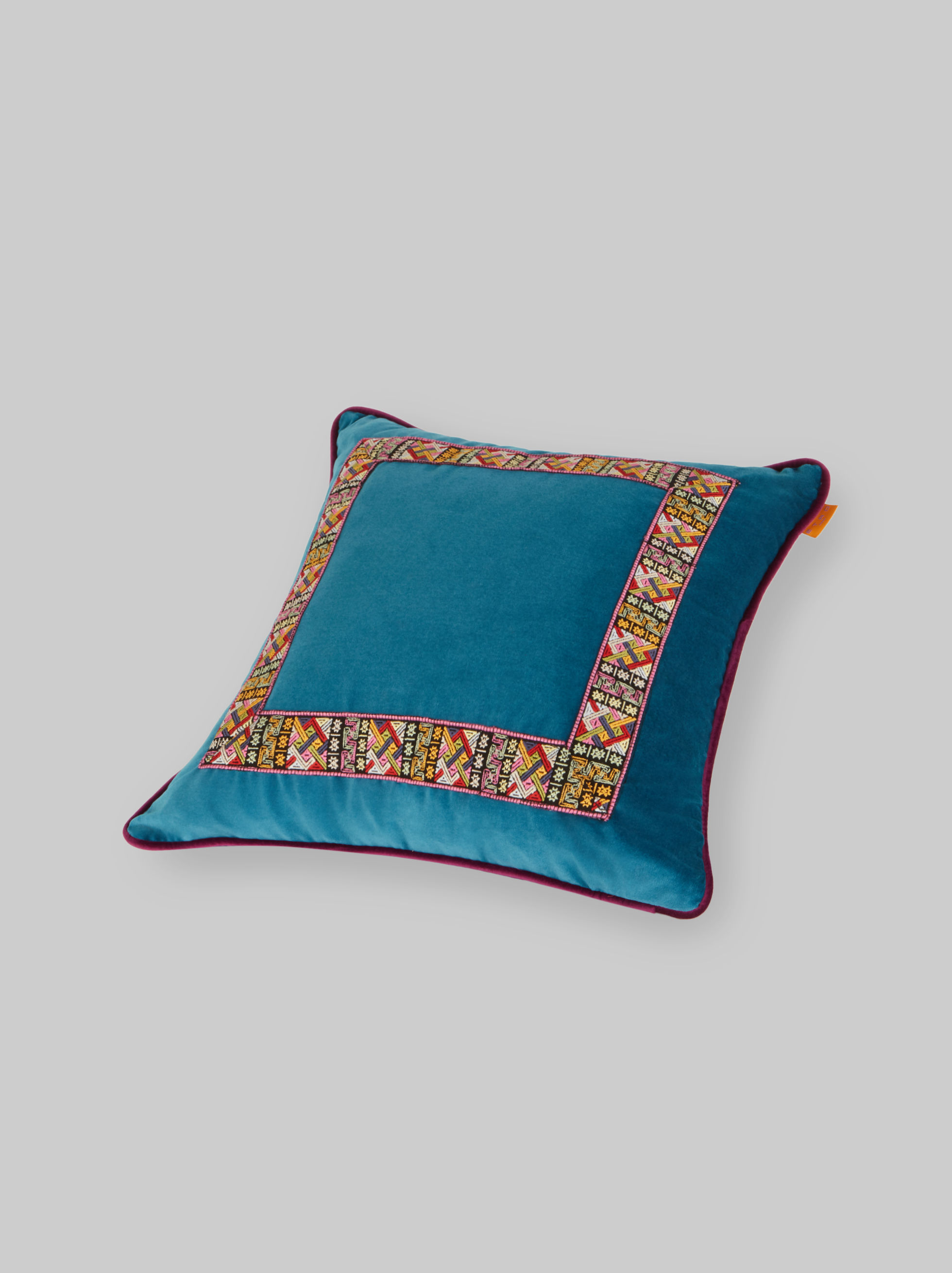 COTTON VELVET CUSHION WITH TAPE