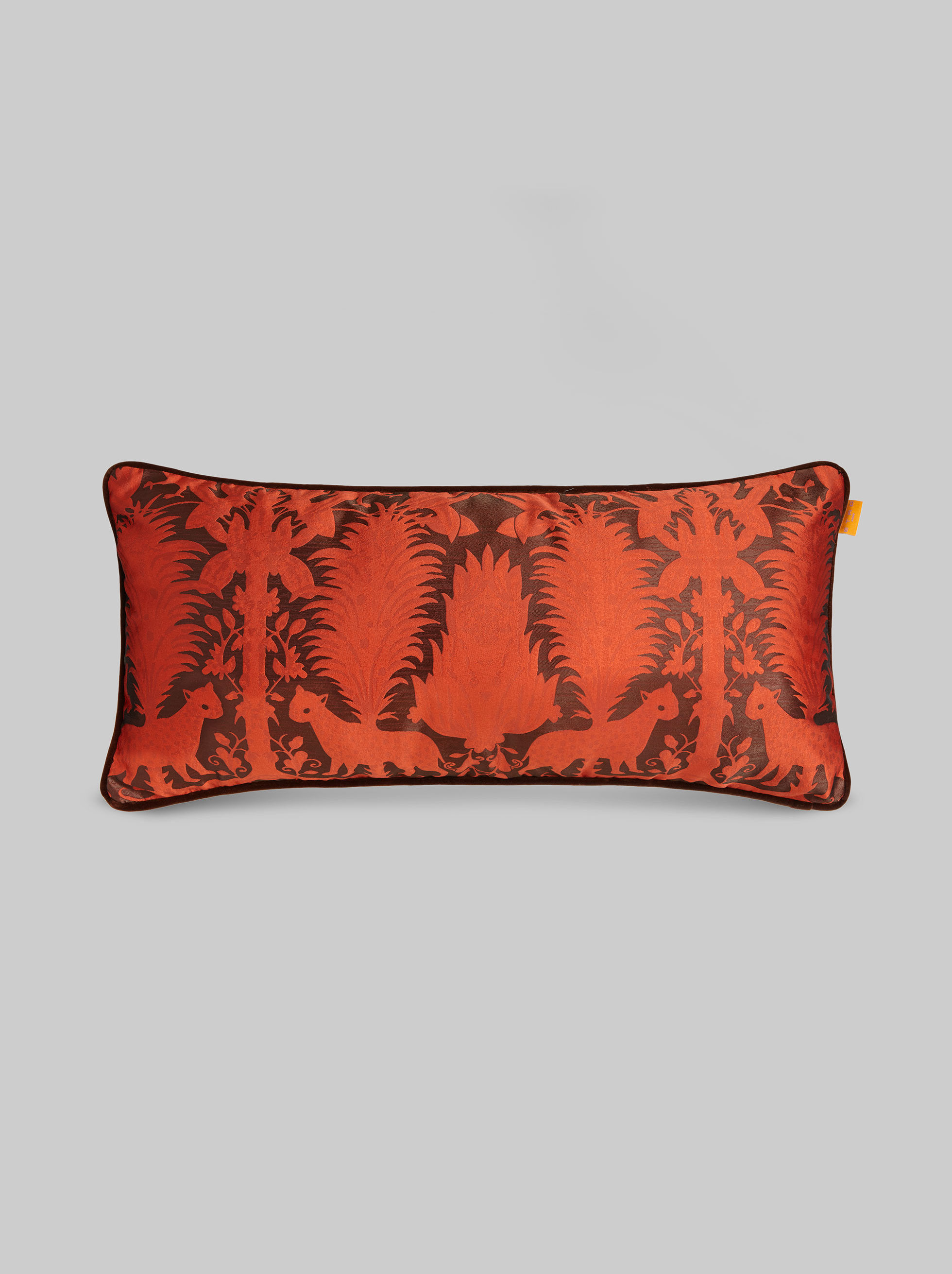 JACQUARD CUSHION