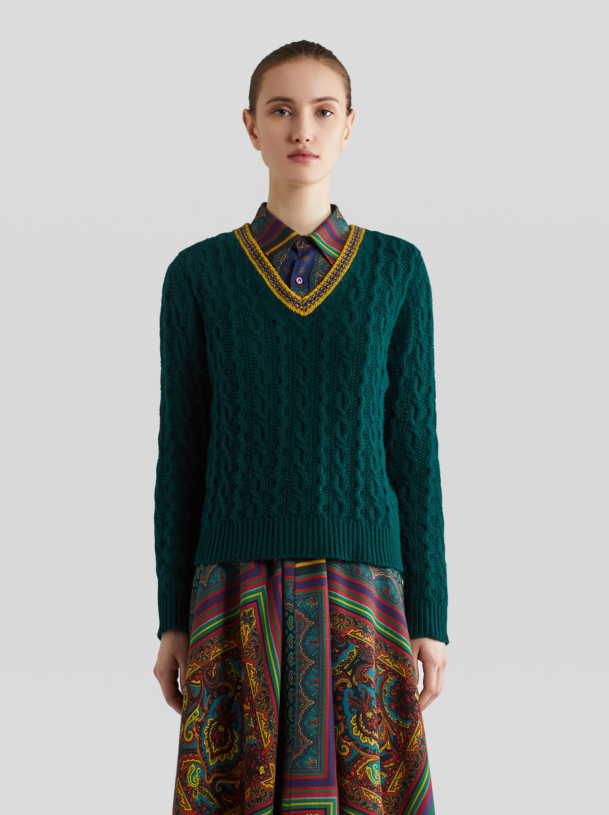 CABLED WOOL JUMPER