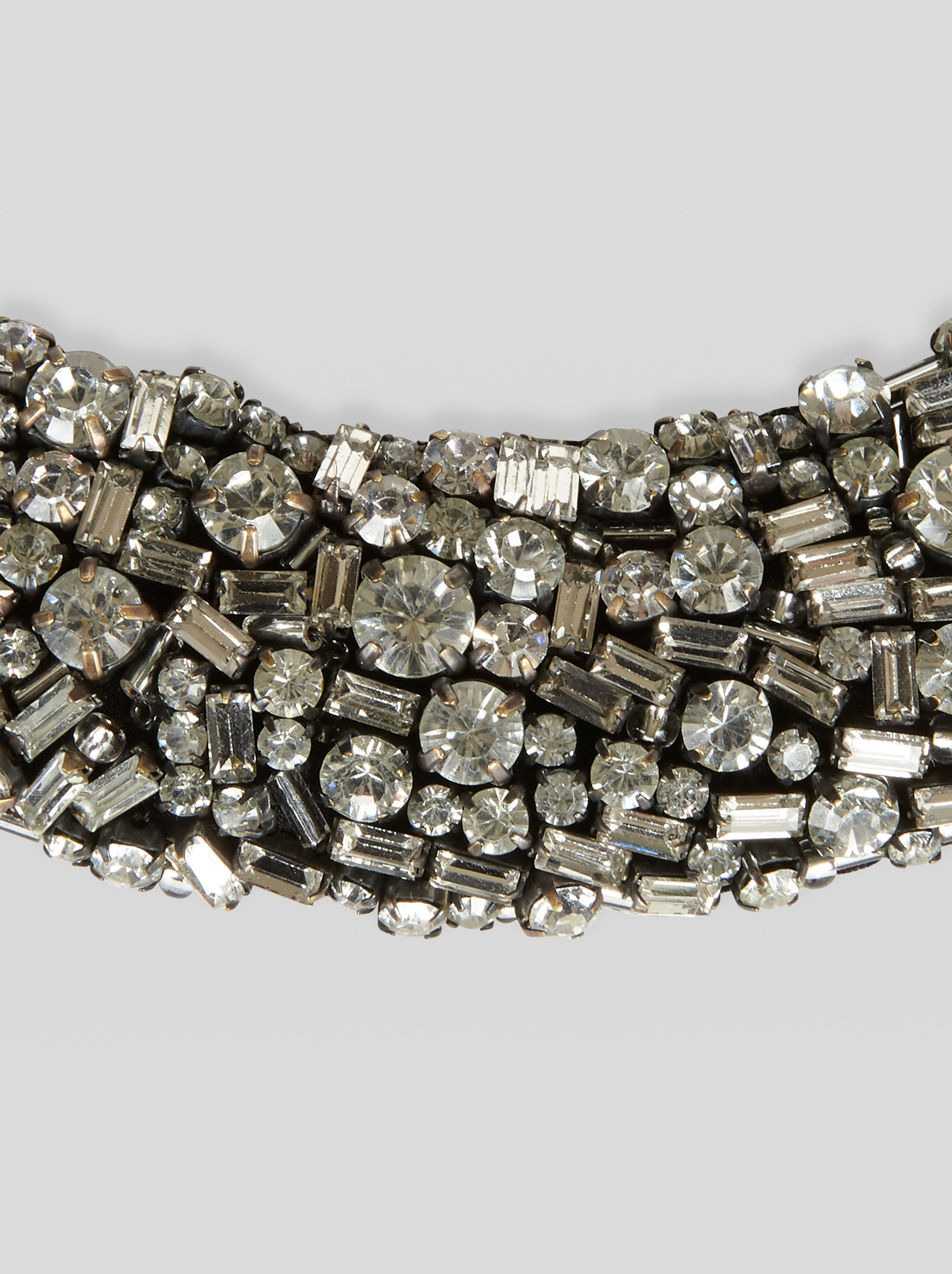 NECKLACE WITH RHINESTONES