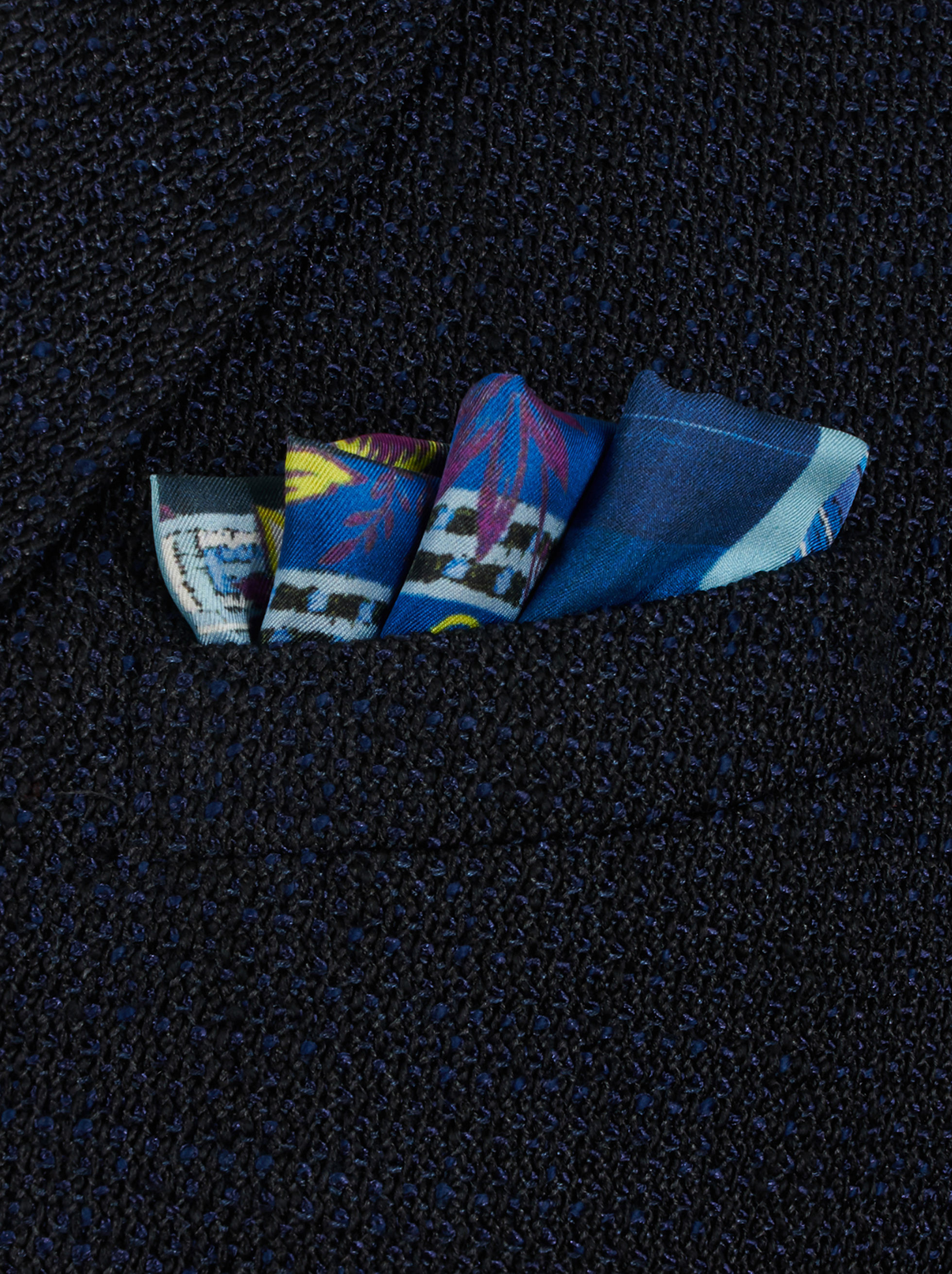 PATCHWORK POCKET SQUARE WITH FLOWERS