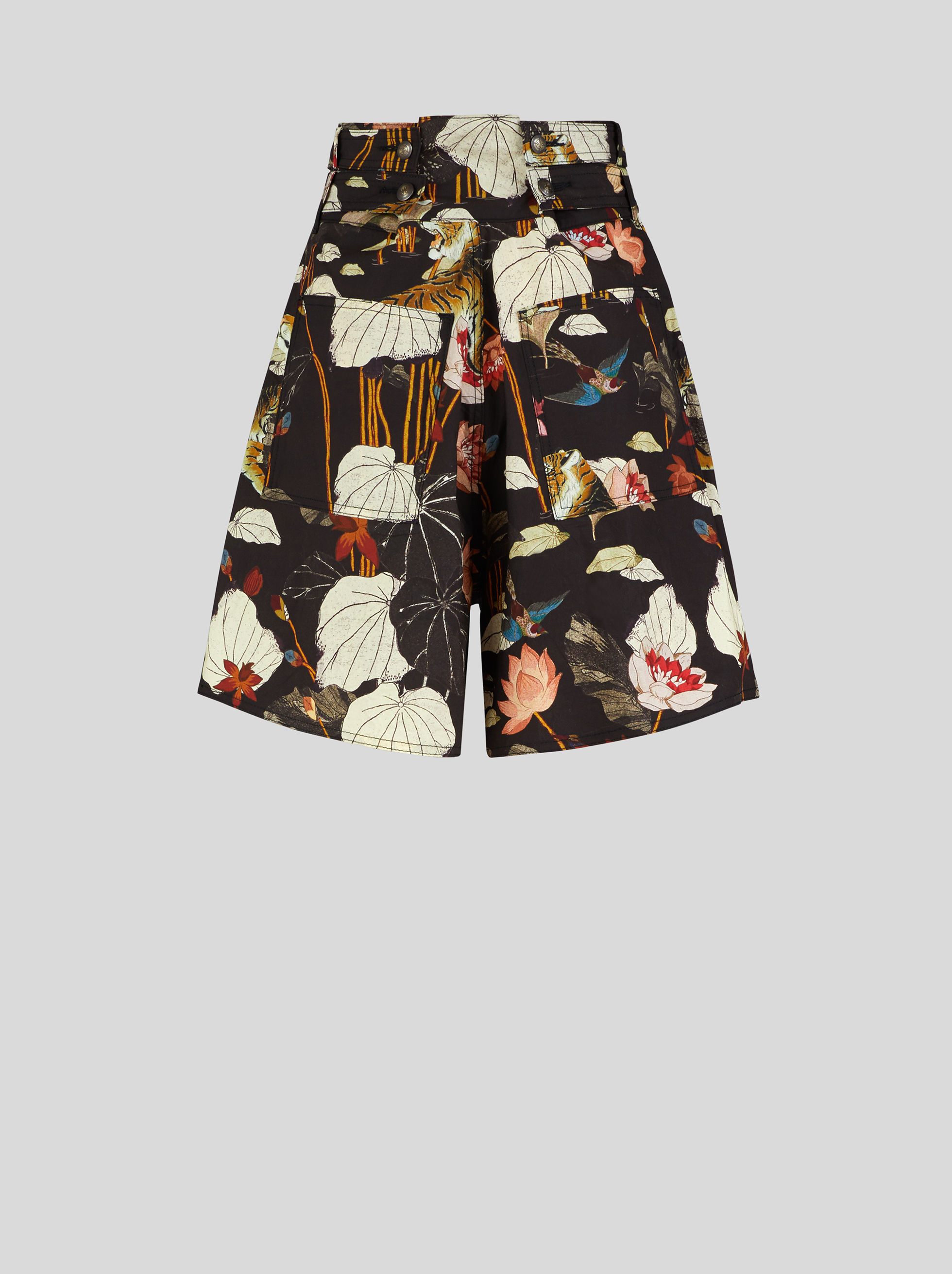 COTTON SHORTS WITH TIGERS AND WATER LILIES