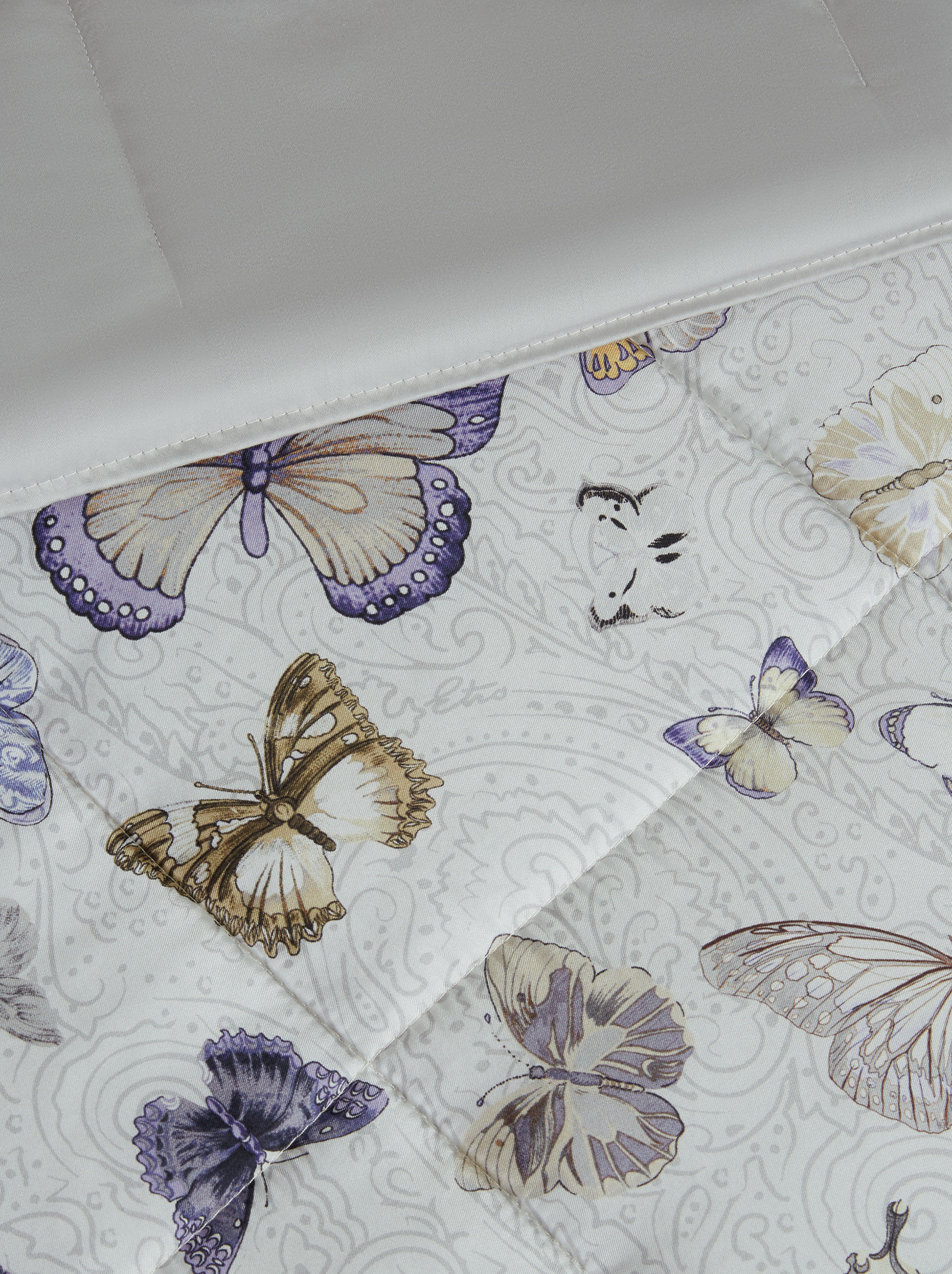PAISLEY SILK TWILL QUILT WITH BUTTERFLIES