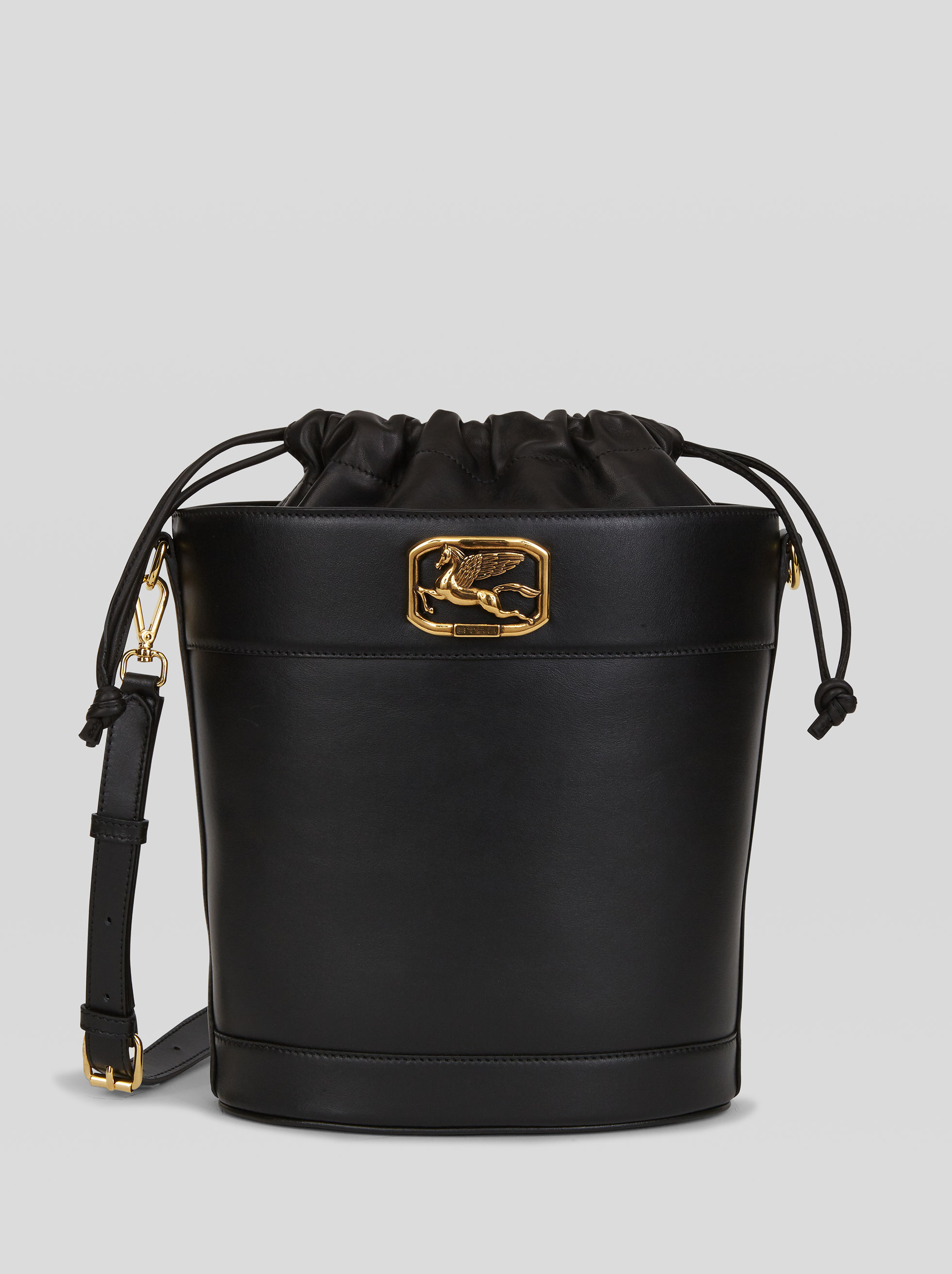 PEGASO BUCKET BAG