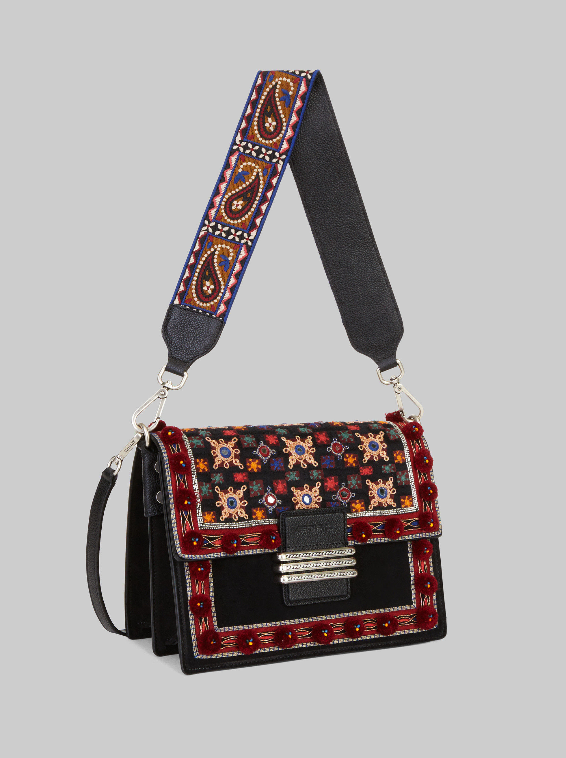 BOLSO RAINBOW CON BORDADOS