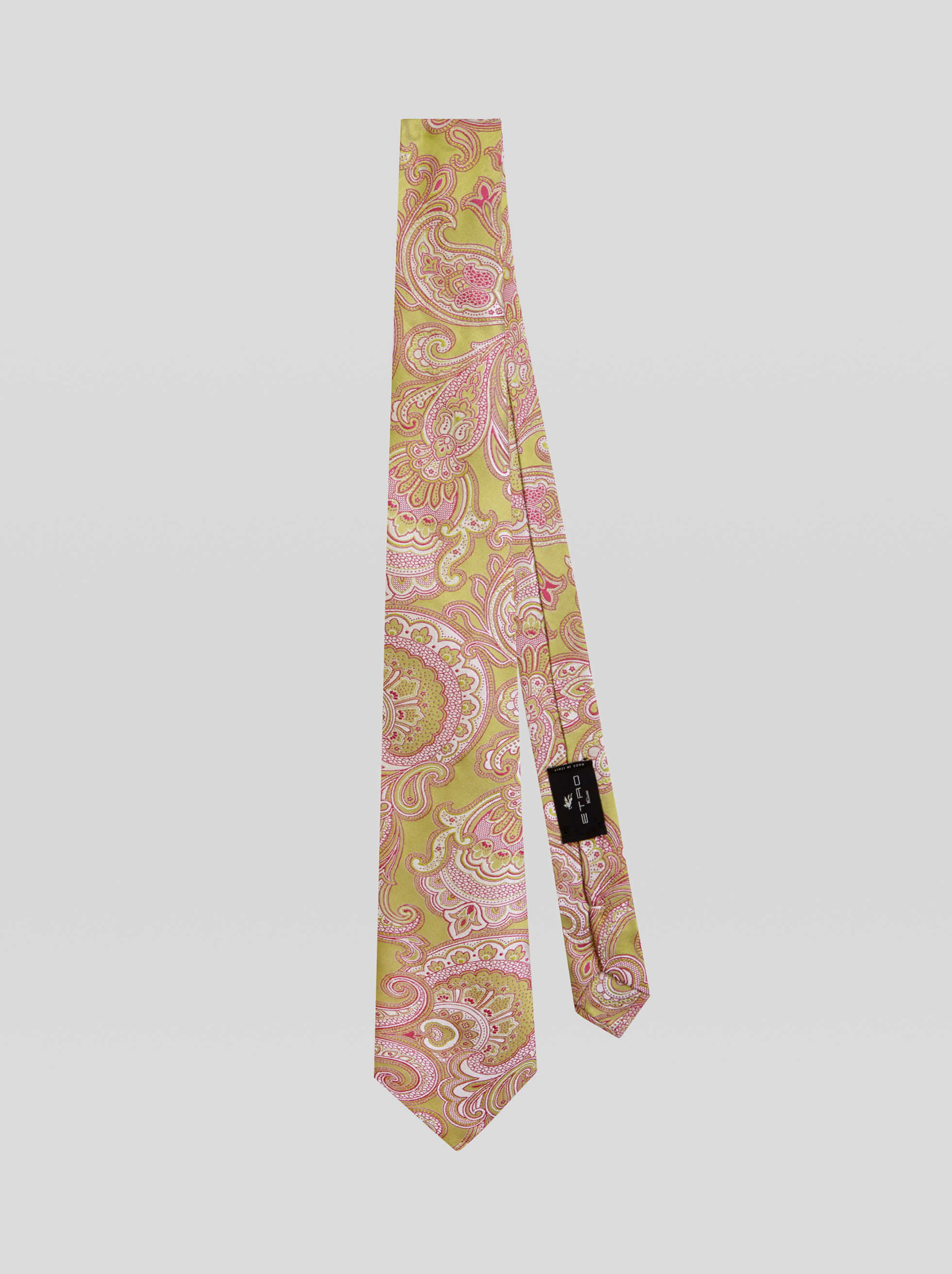 FOUR FABRIC TIE WITH PAISLEY