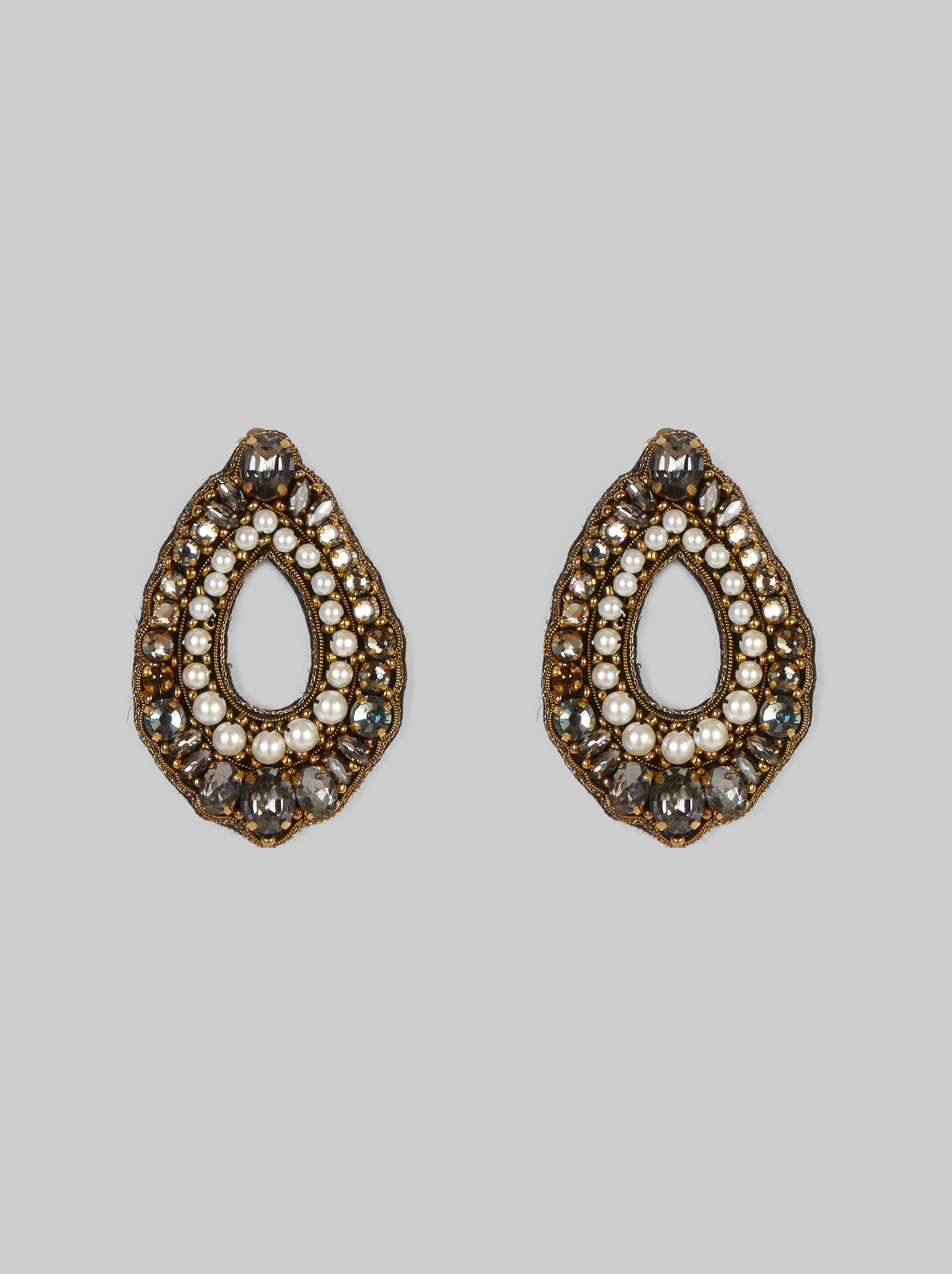 EARRINGS WITH PEARLS AND RHINESTONES