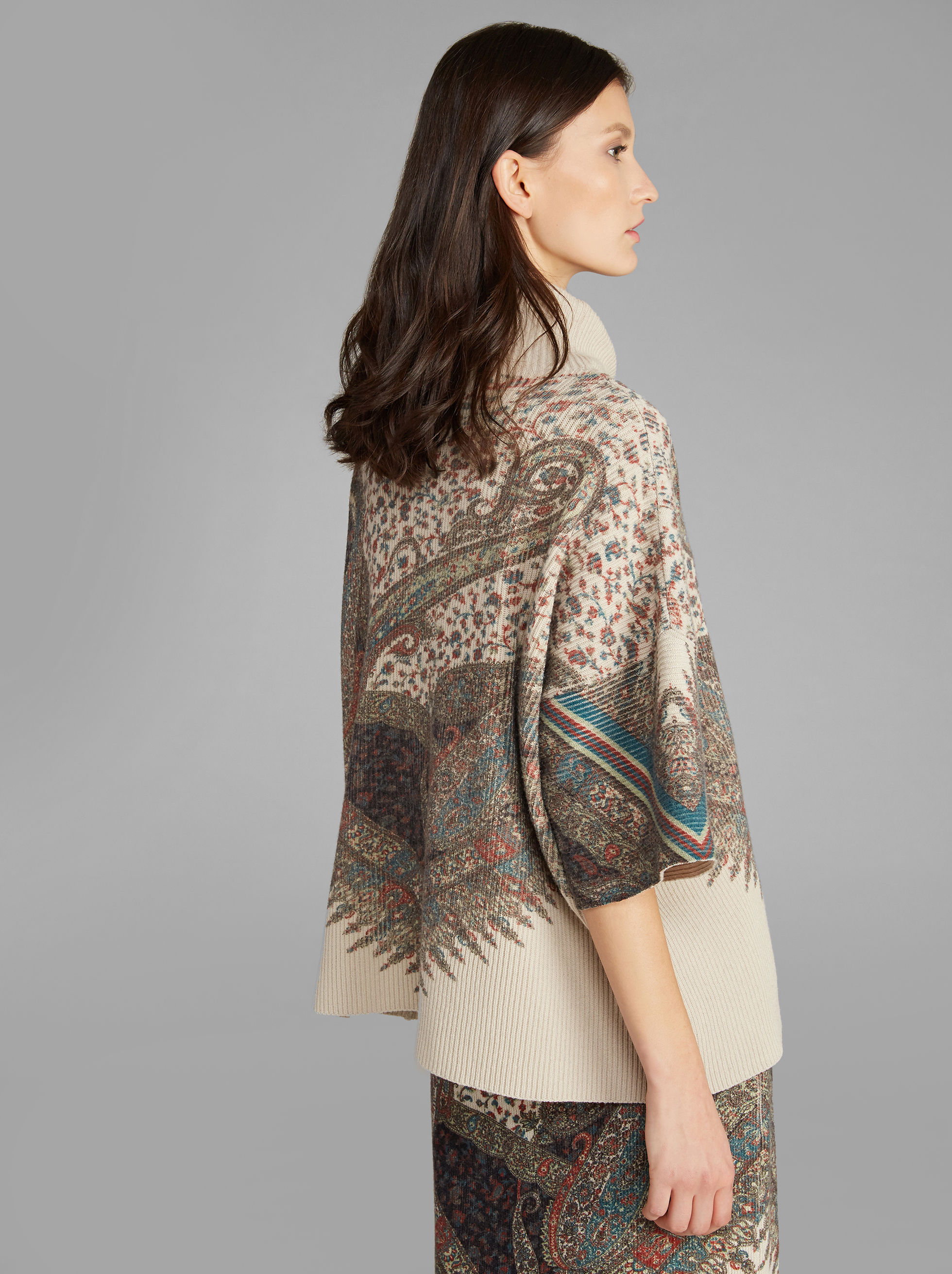 PAISLEY-PRINT KNITTED PONCHO